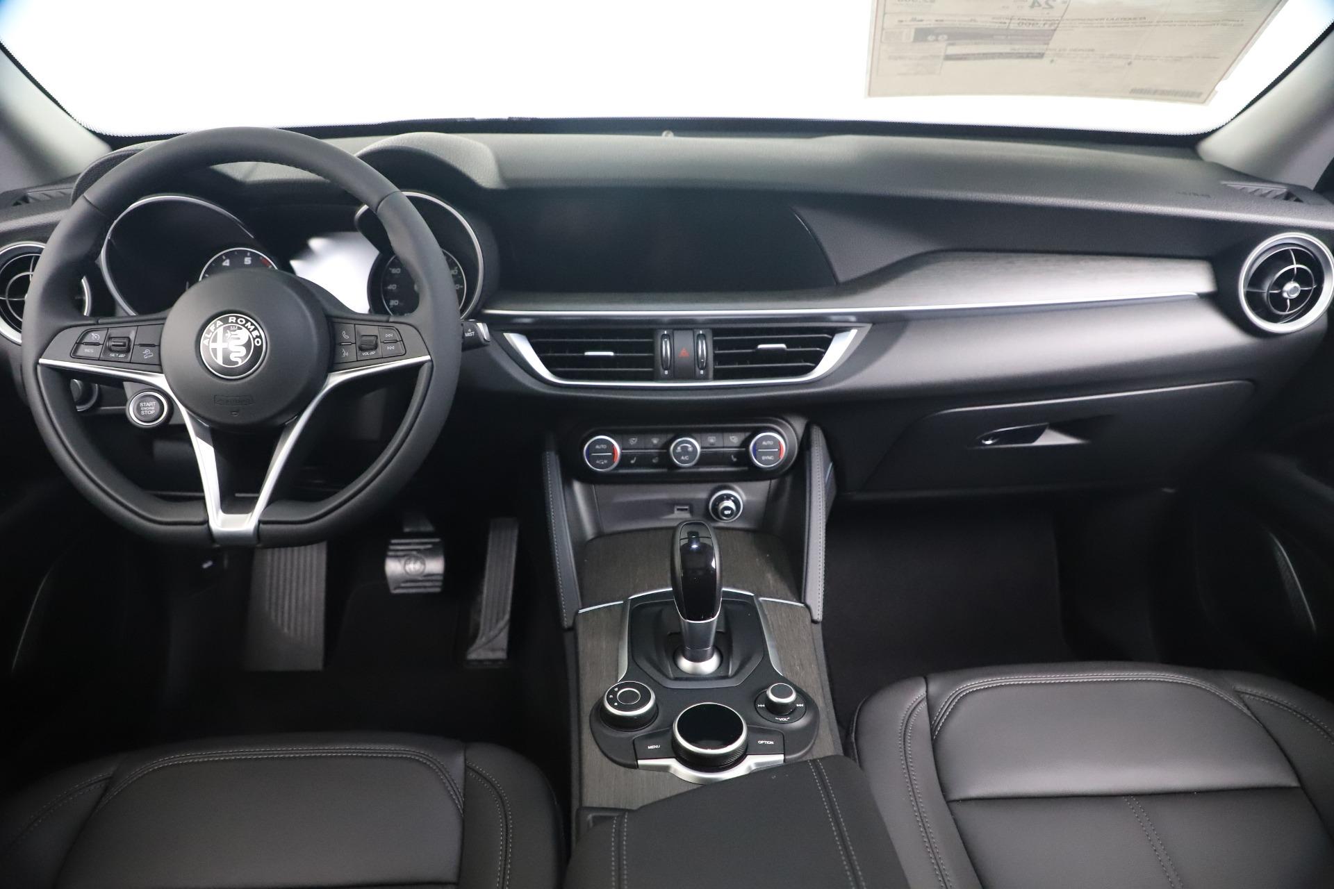 New 2019 Alfa Romeo Stelvio Ti Q4 For Sale In Greenwich, CT. Alfa Romeo of Greenwich, LW384 3439_p16