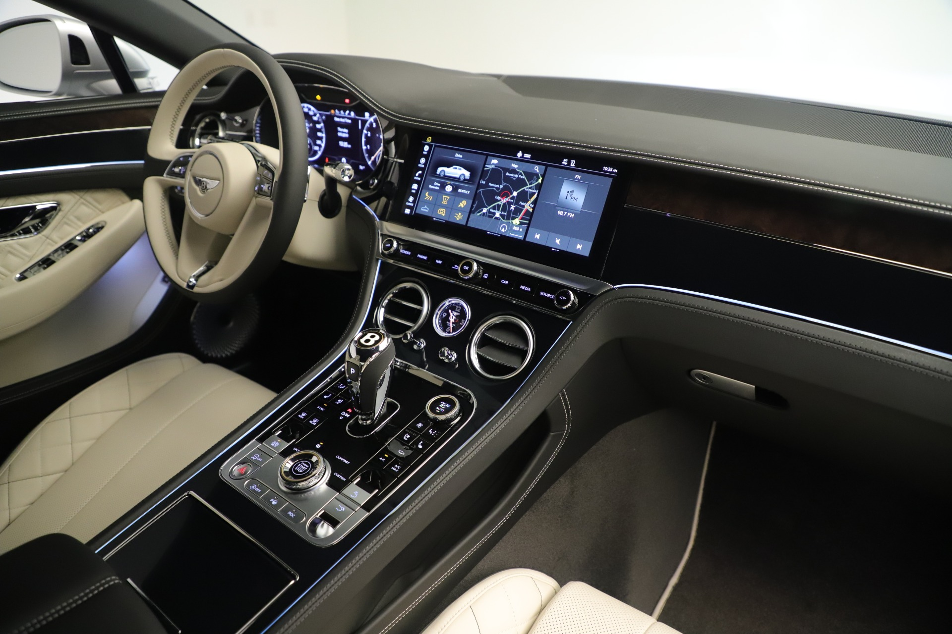 New 2020 Bentley Continental GT V8 First Edition For Sale In Greenwich, CT. Alfa Romeo of Greenwich, B1411 3441_p30