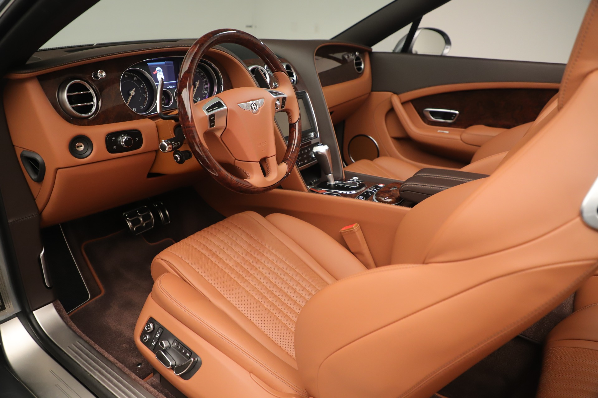 Used 2016 Bentley Continental GT V8 S For Sale In Greenwich, CT. Alfa Romeo of Greenwich, 7639 3442_p23