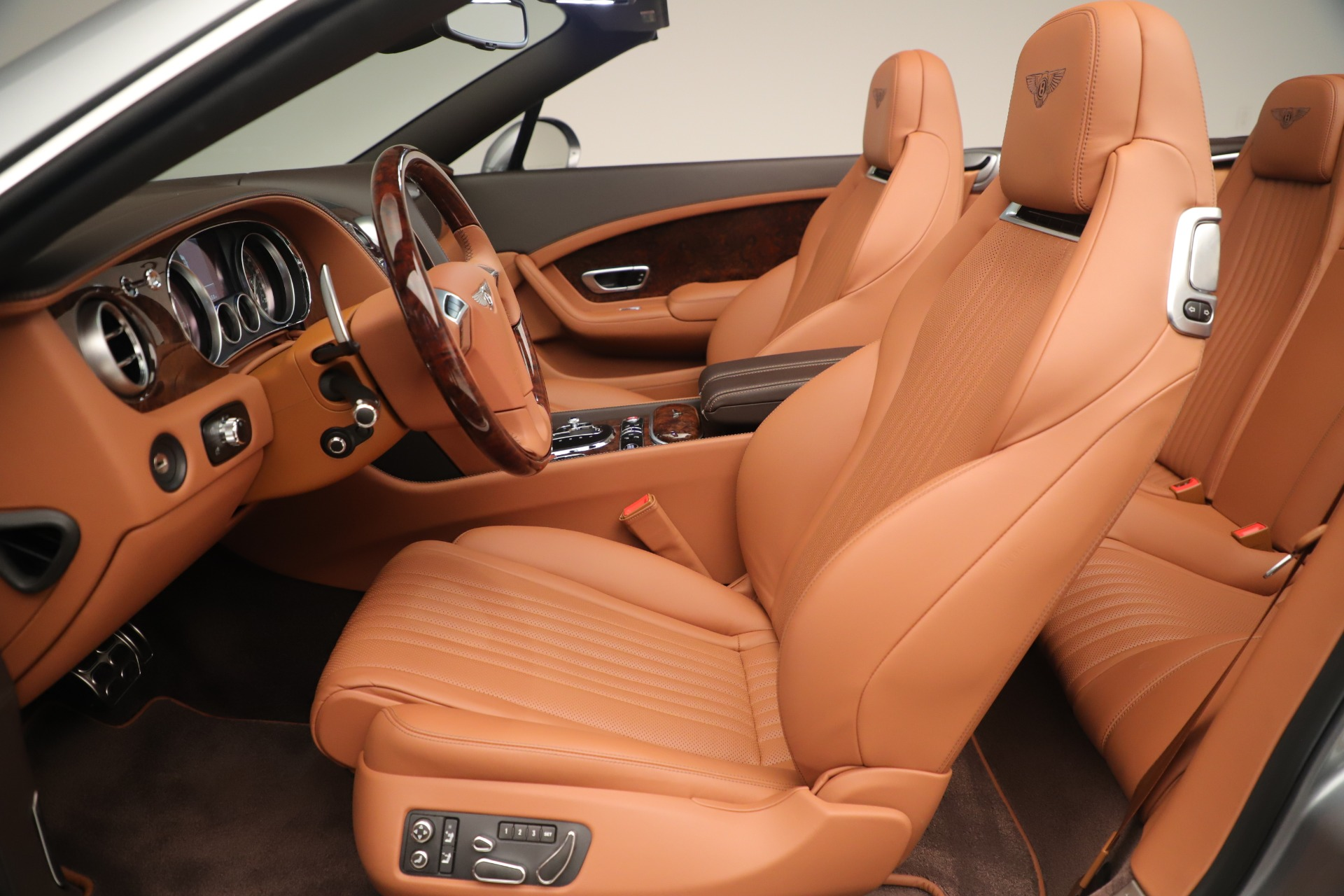 Used 2016 Bentley Continental GT V8 S For Sale In Greenwich, CT. Alfa Romeo of Greenwich, 7639 3442_p24