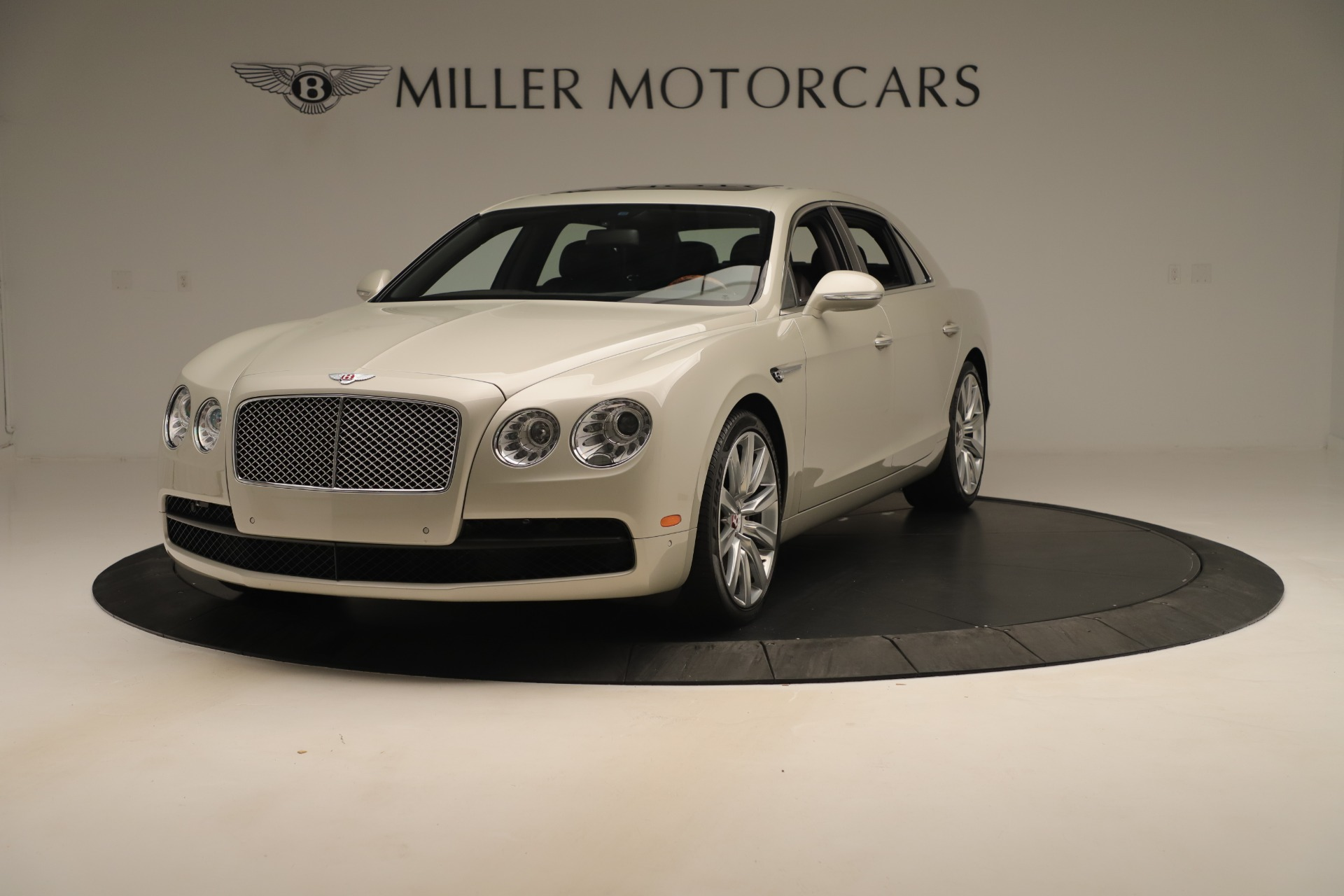 Used 2015 Bentley Flying Spur V8 For Sale In Greenwich, CT. Alfa Romeo of Greenwich, 7640 3444_main