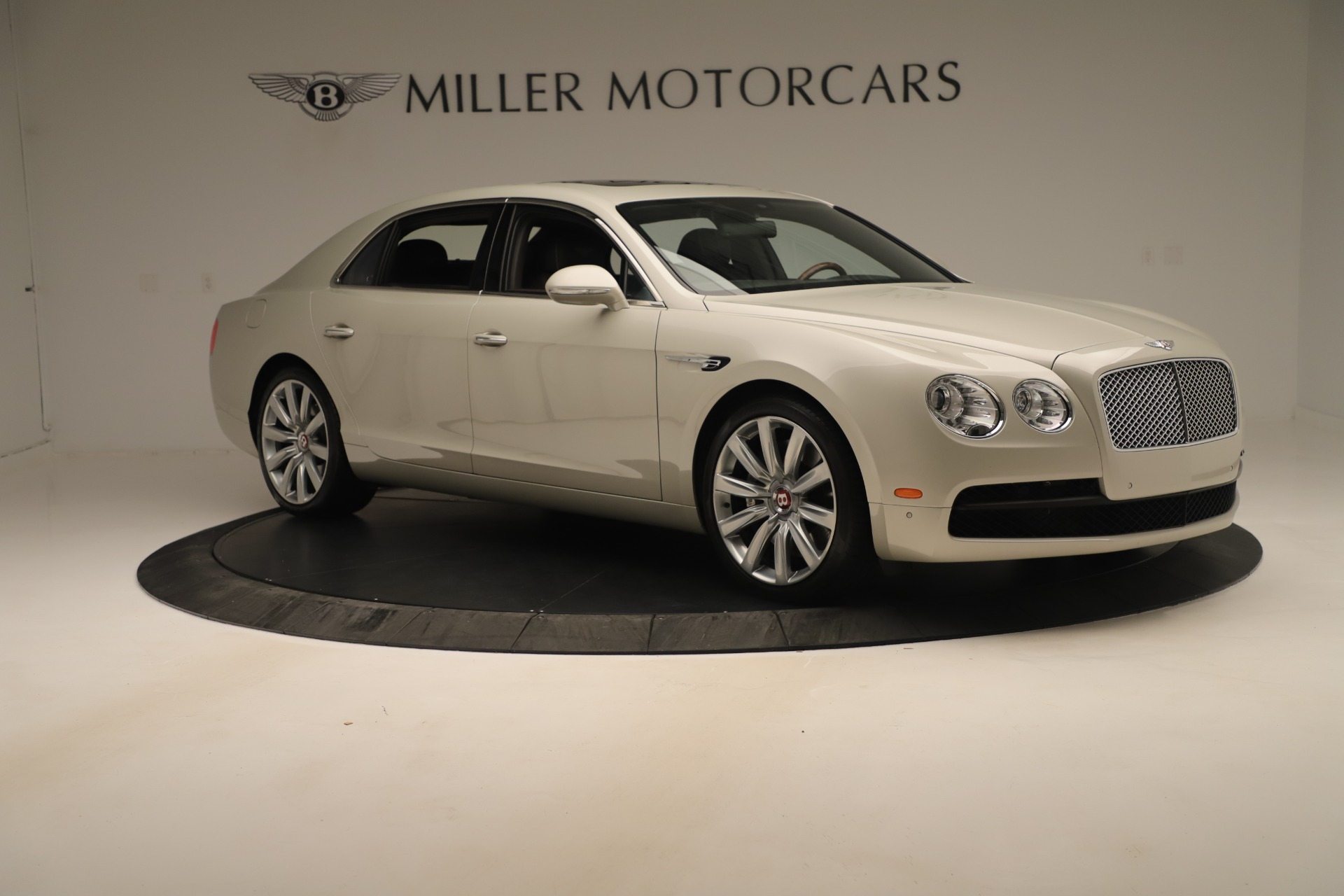Used 2015 Bentley Flying Spur V8 For Sale In Greenwich, CT. Alfa Romeo of Greenwich, 7640 3444_p10