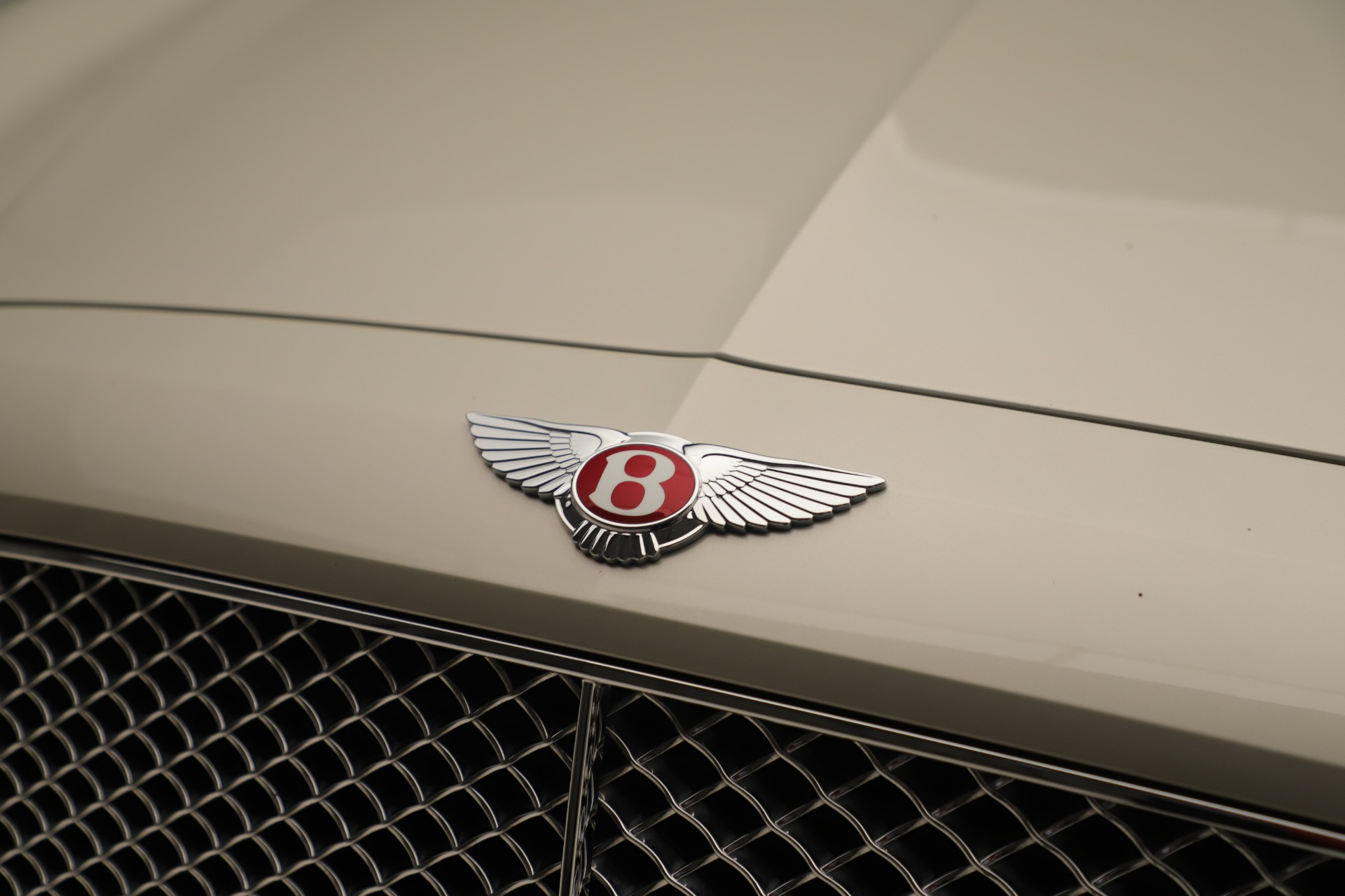 Used 2015 Bentley Flying Spur V8 For Sale In Greenwich, CT. Alfa Romeo of Greenwich, 7640 3444_p13
