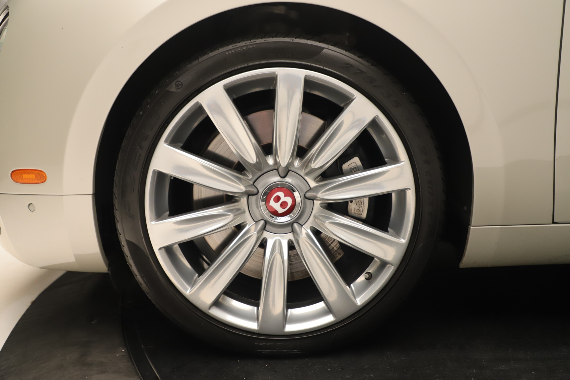 Used 2015 Bentley Flying Spur V8 For Sale In Greenwich, CT. Alfa Romeo of Greenwich, 7640 3444_p14