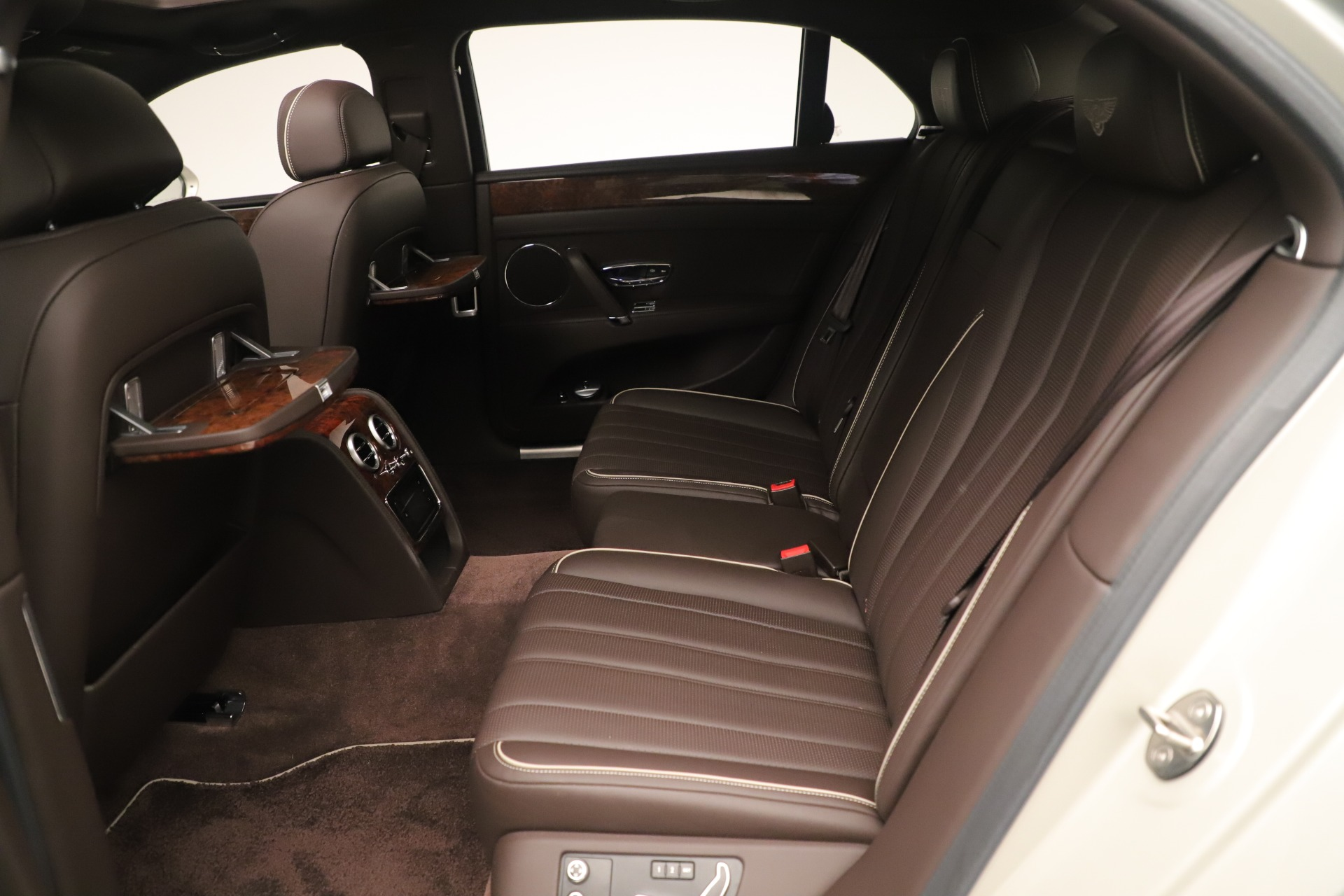 Used 2015 Bentley Flying Spur V8 For Sale In Greenwich, CT. Alfa Romeo of Greenwich, 7640 3444_p21