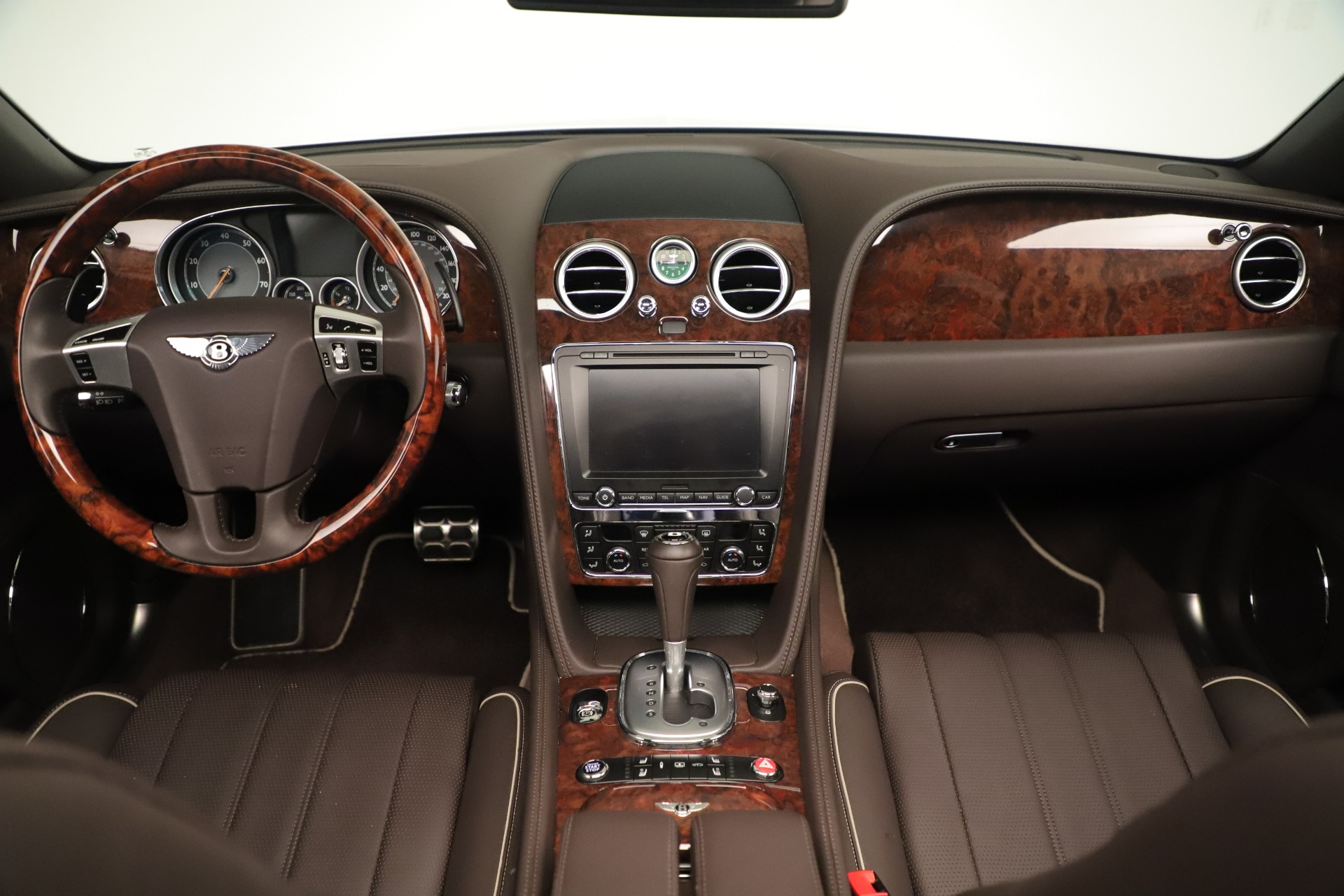 Used 2015 Bentley Flying Spur V8 For Sale In Greenwich, CT. Alfa Romeo of Greenwich, 7640 3444_p23