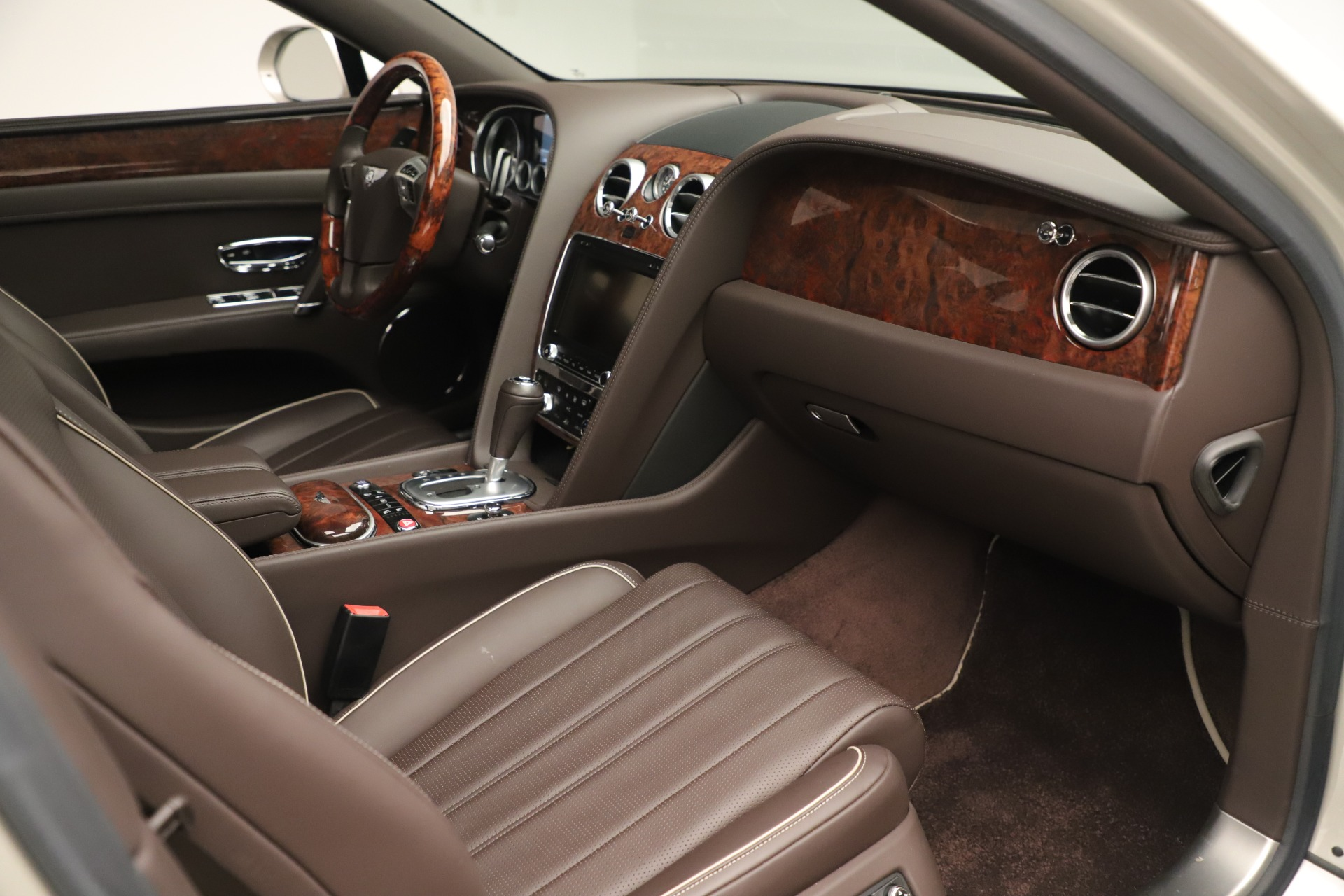 Used 2015 Bentley Flying Spur V8 For Sale In Greenwich, CT. Alfa Romeo of Greenwich, 7640 3444_p24