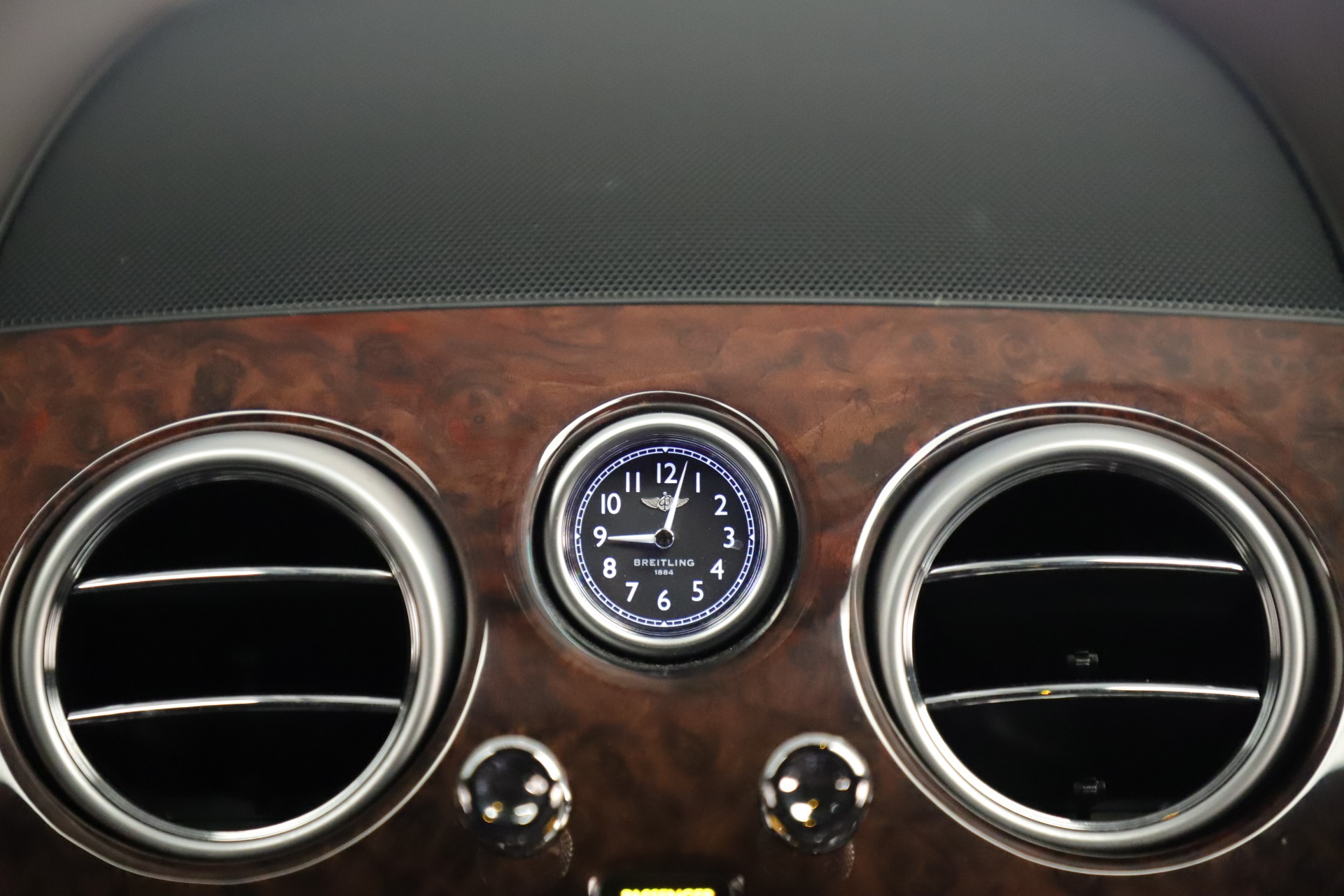 Used 2015 Bentley Flying Spur V8 For Sale In Greenwich, CT. Alfa Romeo of Greenwich, 7640 3444_p27