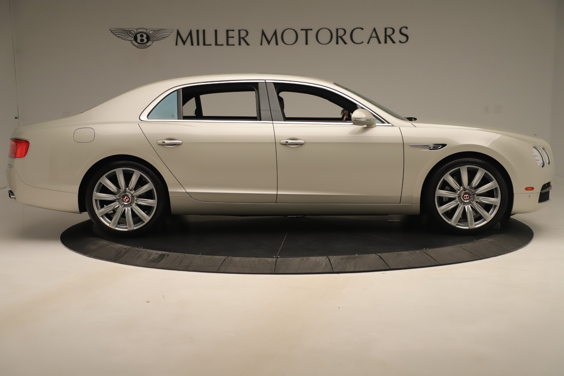 Used 2015 Bentley Flying Spur V8 For Sale In Greenwich, CT. Alfa Romeo of Greenwich, 7640 3444_p8