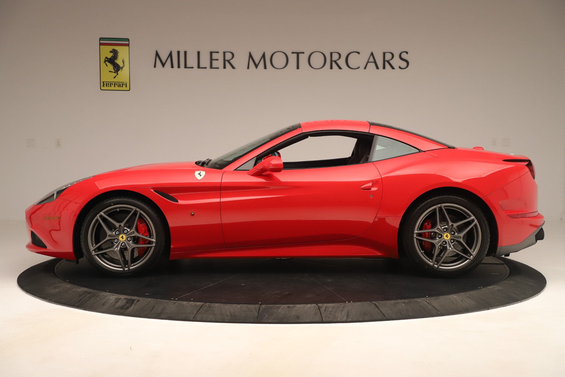Used 2016 Ferrari California T  For Sale In Greenwich, CT. Alfa Romeo of Greenwich, 4607 3446_p14