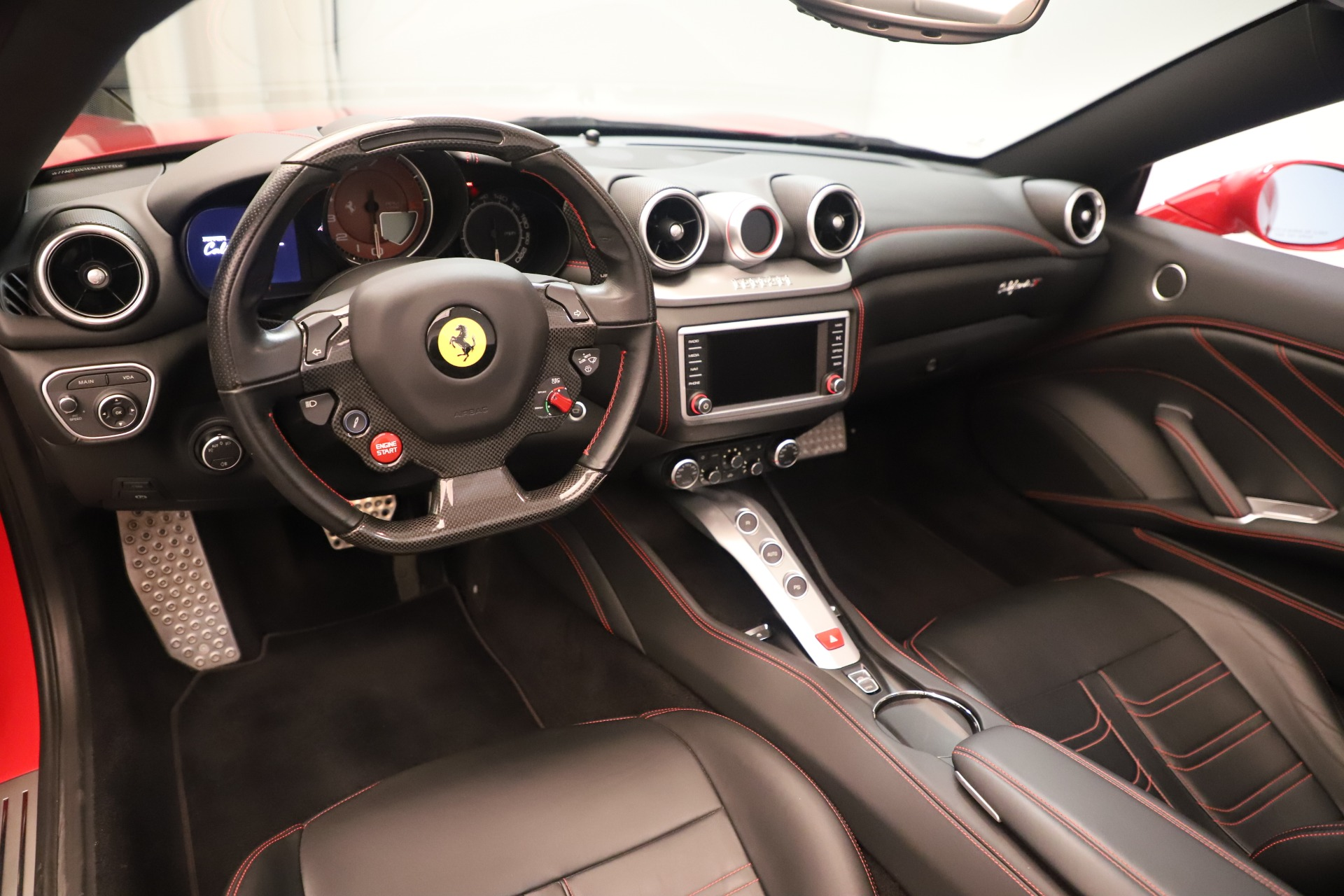 Used 2016 Ferrari California T  For Sale In Greenwich, CT. Alfa Romeo of Greenwich, 4607 3446_p19