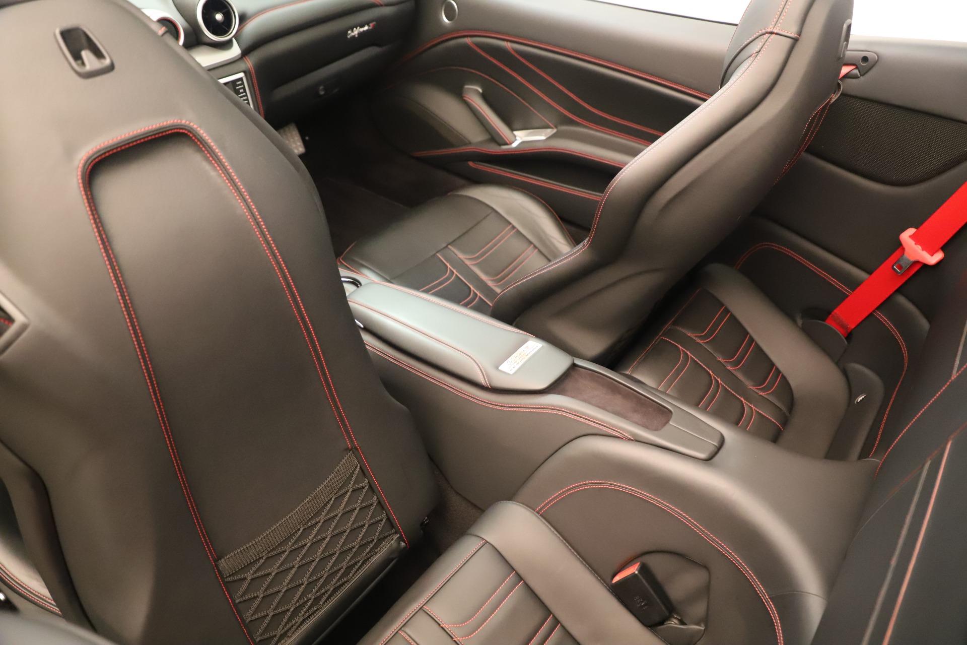 Used 2016 Ferrari California T  For Sale In Greenwich, CT. Alfa Romeo of Greenwich, 4607 3446_p25