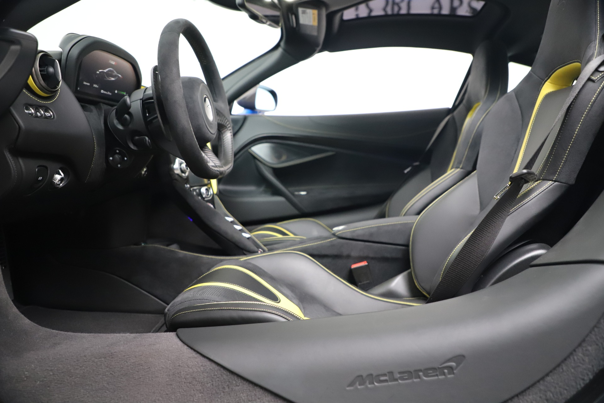 New 2019 McLaren 720S Coupe For Sale In Greenwich, CT. Alfa Romeo of Greenwich, MC467 3449_p17