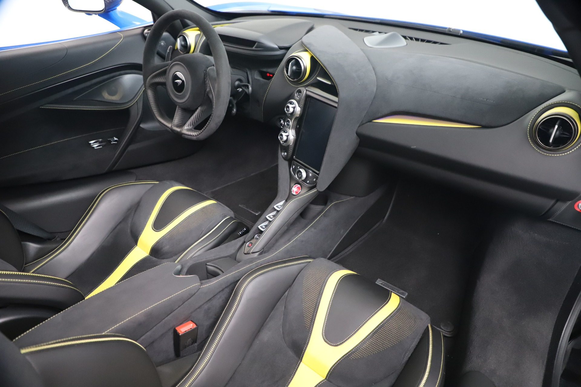 New 2019 McLaren 720S Coupe For Sale In Greenwich, CT. Alfa Romeo of Greenwich, MC467 3449_p21