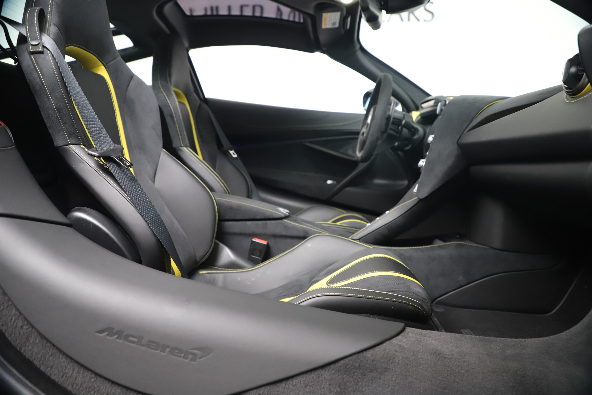 New 2019 McLaren 720S Coupe For Sale In Greenwich, CT. Alfa Romeo of Greenwich, MC467 3449_p22