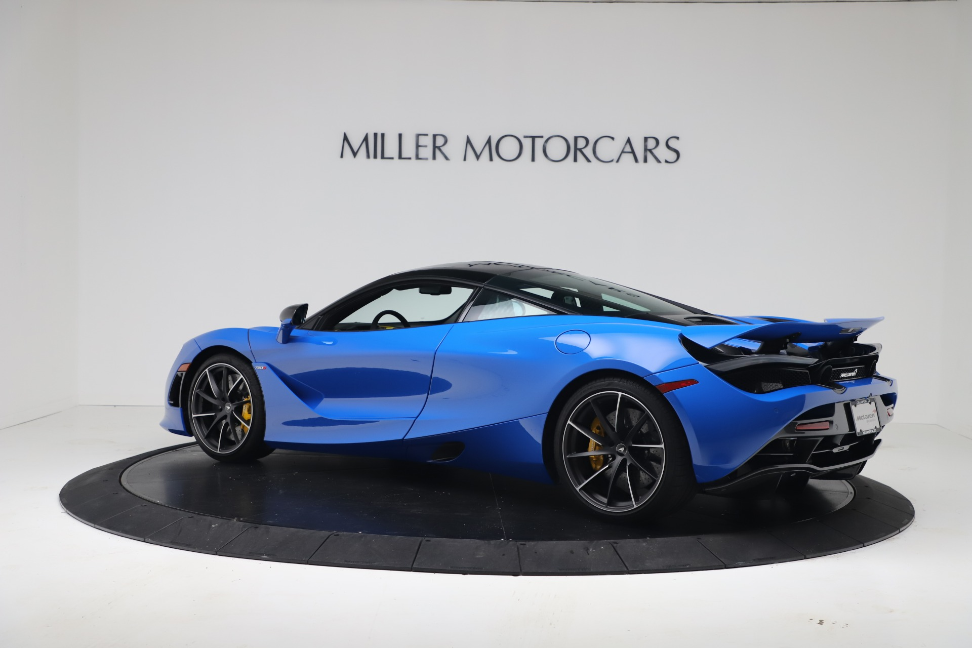 New 2019 McLaren 720S Coupe For Sale In Greenwich, CT. Alfa Romeo of Greenwich, MC467 3449_p3