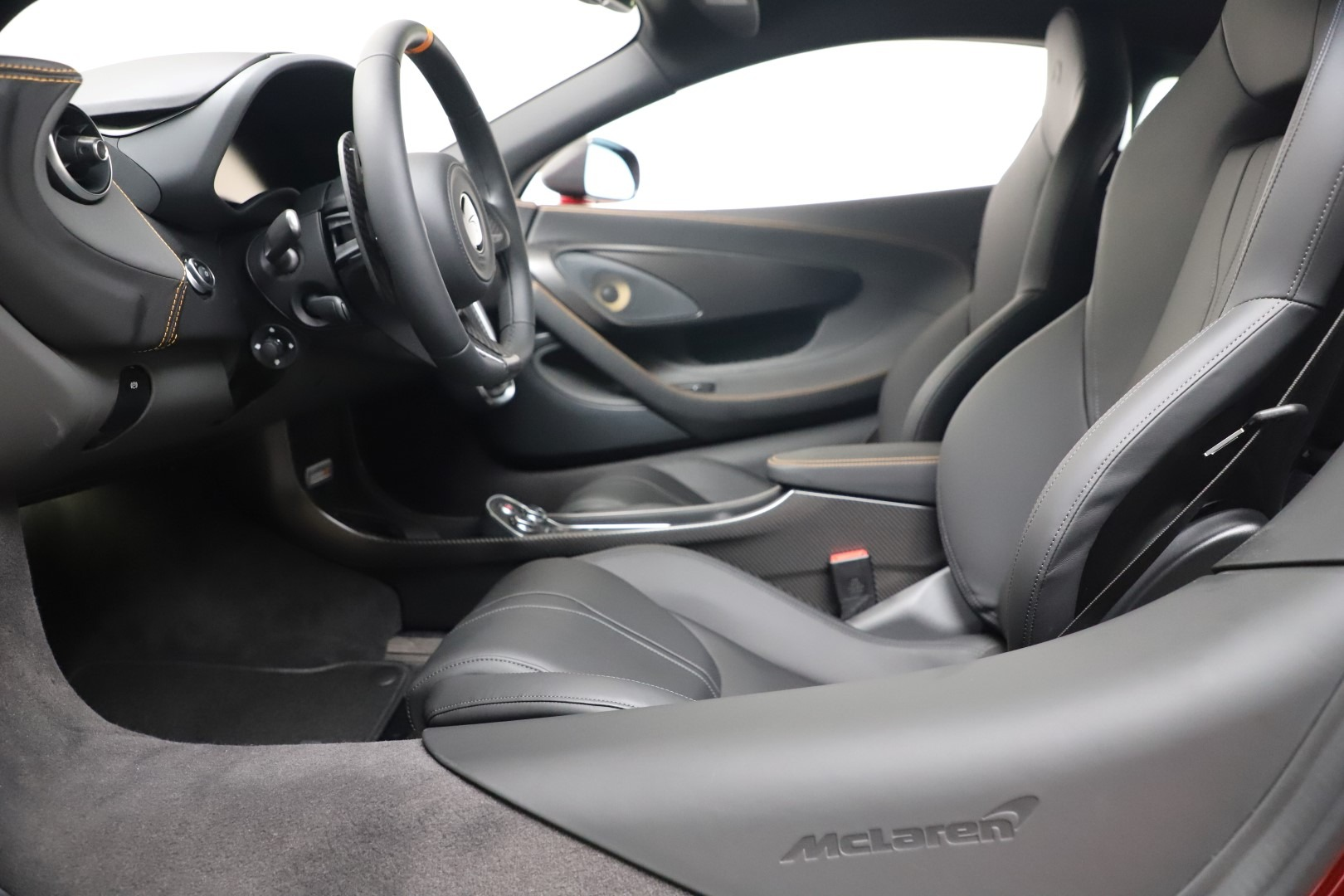 New 2019 McLaren 600LT Coupe For Sale In Greenwich, CT. Alfa Romeo of Greenwich, MC460 3451_p21