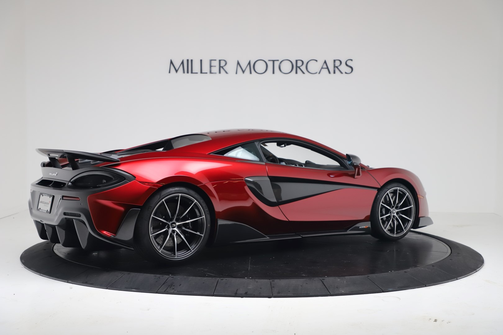 New 2019 McLaren 600LT Coupe For Sale In Greenwich, CT. Alfa Romeo of Greenwich, MC460 3451_p7