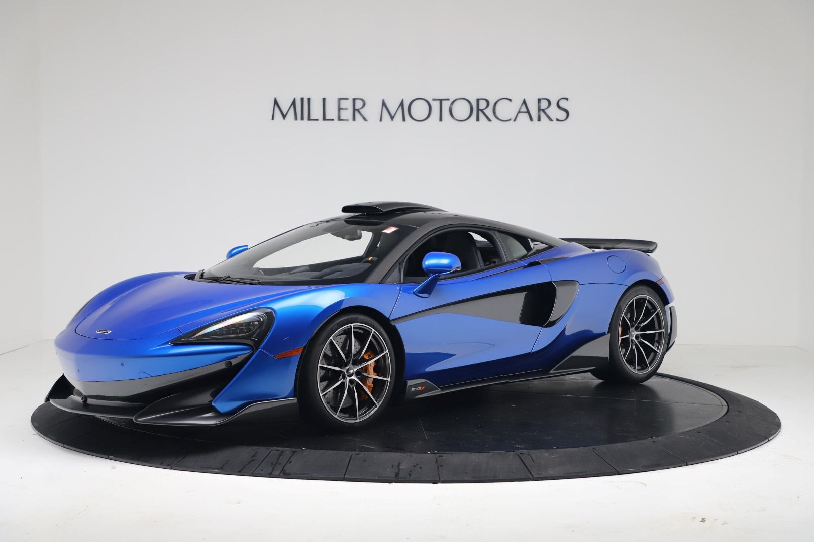 New 2019 McLaren 600LT Coupe For Sale In Greenwich, CT. Alfa Romeo of Greenwich, MC464
