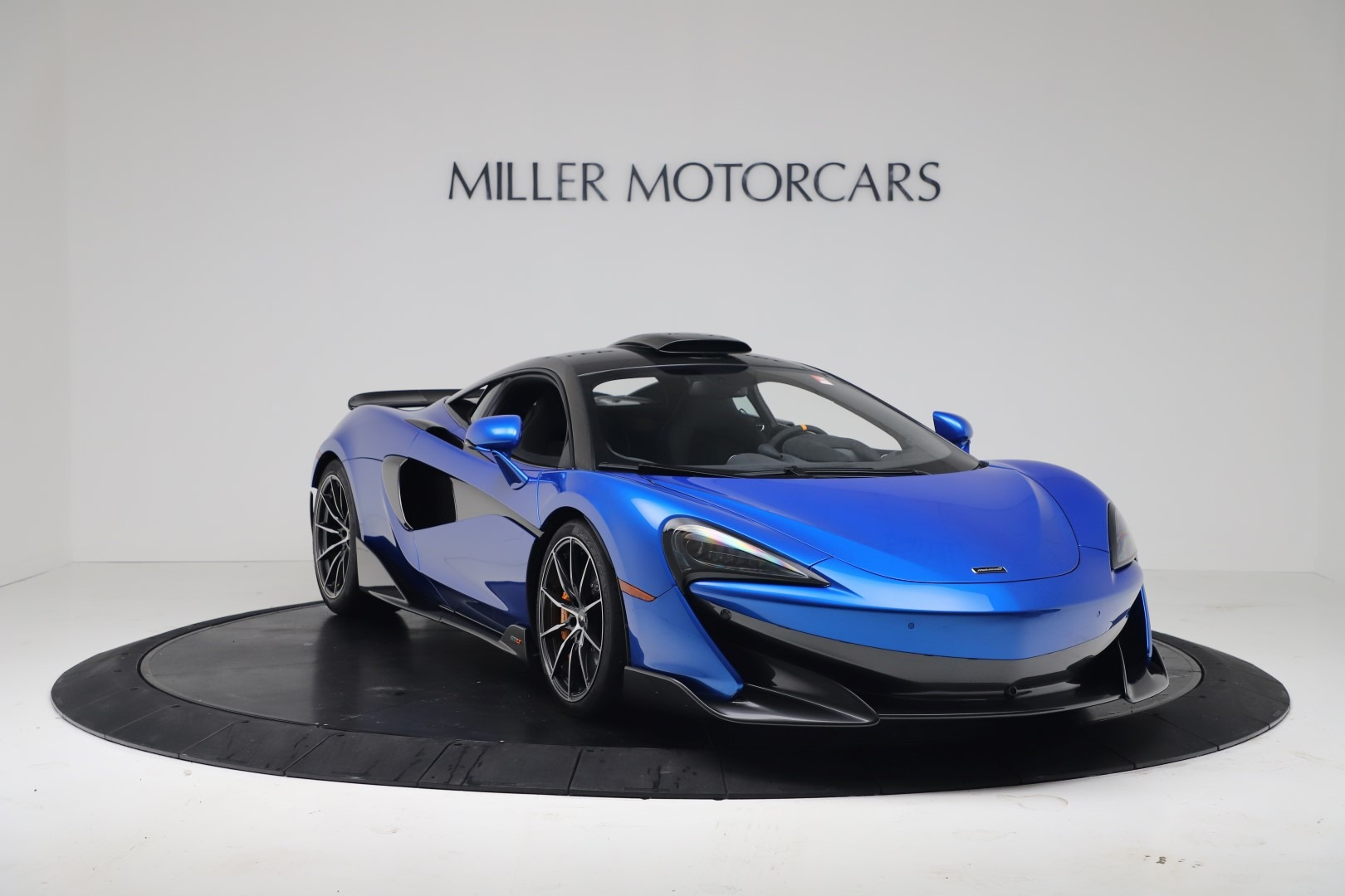 New 2019 McLaren 600LT Coupe For Sale In Greenwich, CT. Alfa Romeo of Greenwich, MC464 3452_p10