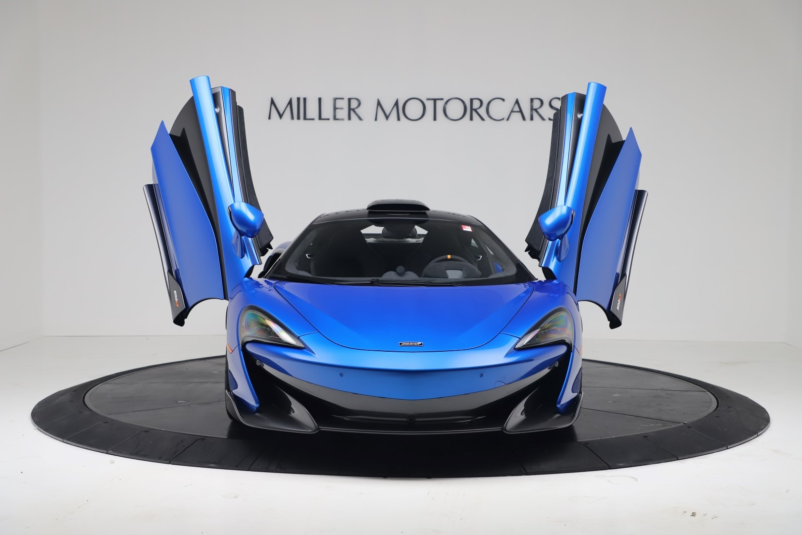 New 2019 McLaren 600LT Coupe For Sale In Greenwich, CT. Alfa Romeo of Greenwich, MC464 3452_p11