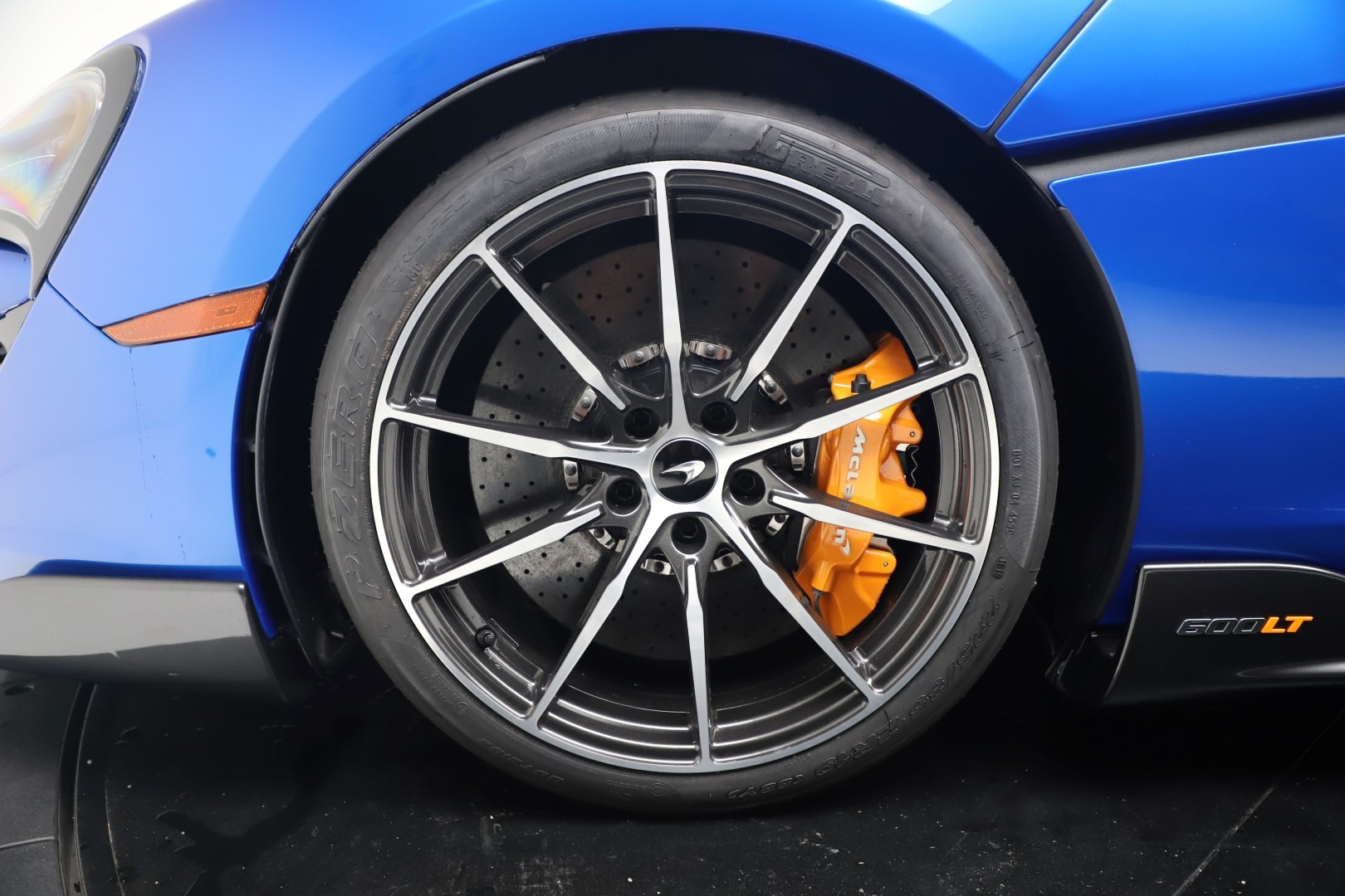 New 2019 McLaren 600LT Coupe For Sale In Greenwich, CT. Alfa Romeo of Greenwich, MC464 3452_p15