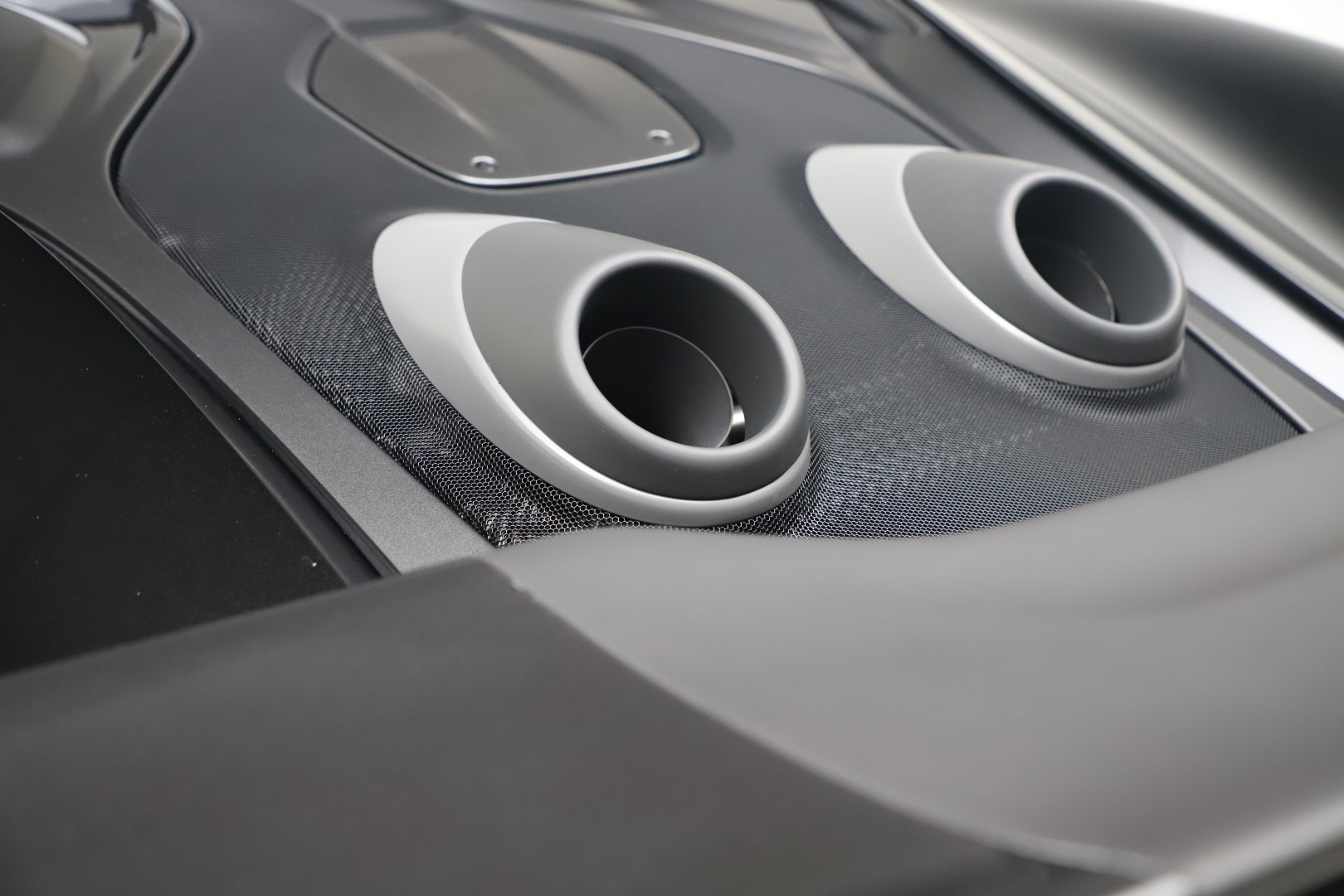 New 2019 McLaren 600LT Coupe For Sale In Greenwich, CT. Alfa Romeo of Greenwich, MC461 3453_p23
