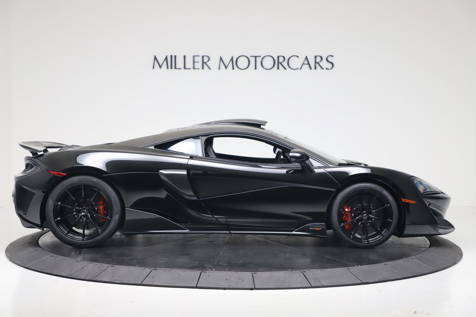 New 2019 McLaren 600LT Coupe For Sale In Greenwich, CT. Alfa Romeo of Greenwich, MC461 3453_p8