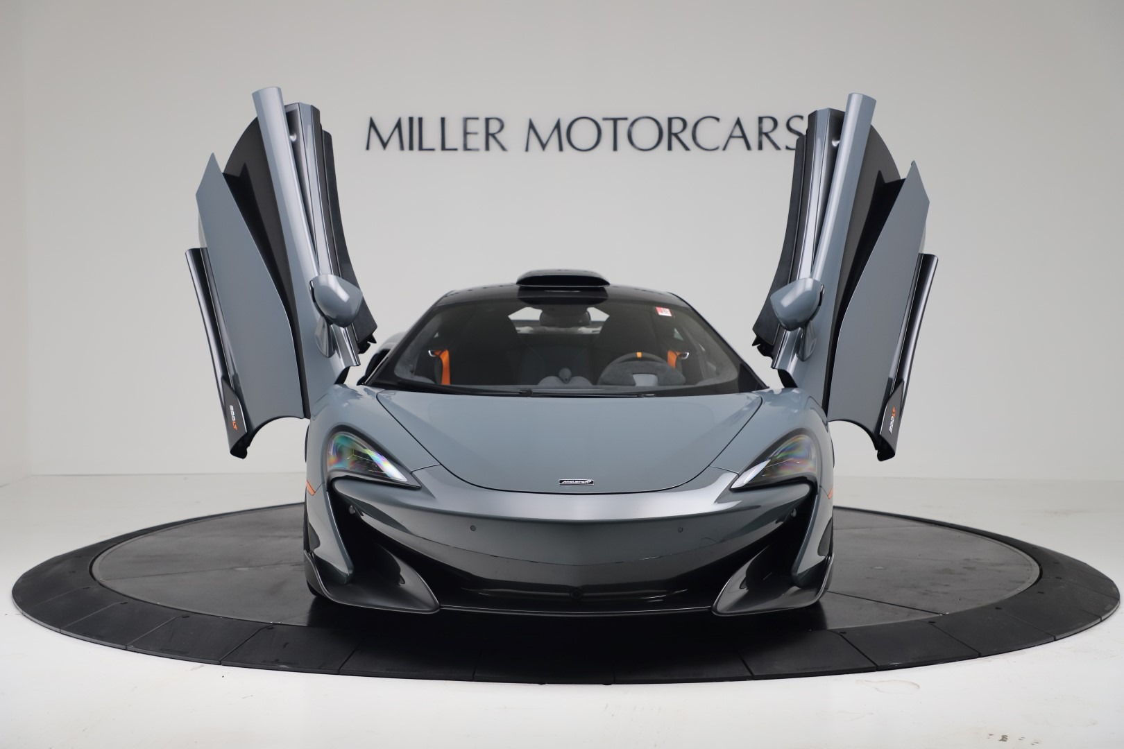 New 2019 McLaren 600LT Coupe For Sale In Greenwich, CT. Alfa Romeo of Greenwich, MC465 3454_p11