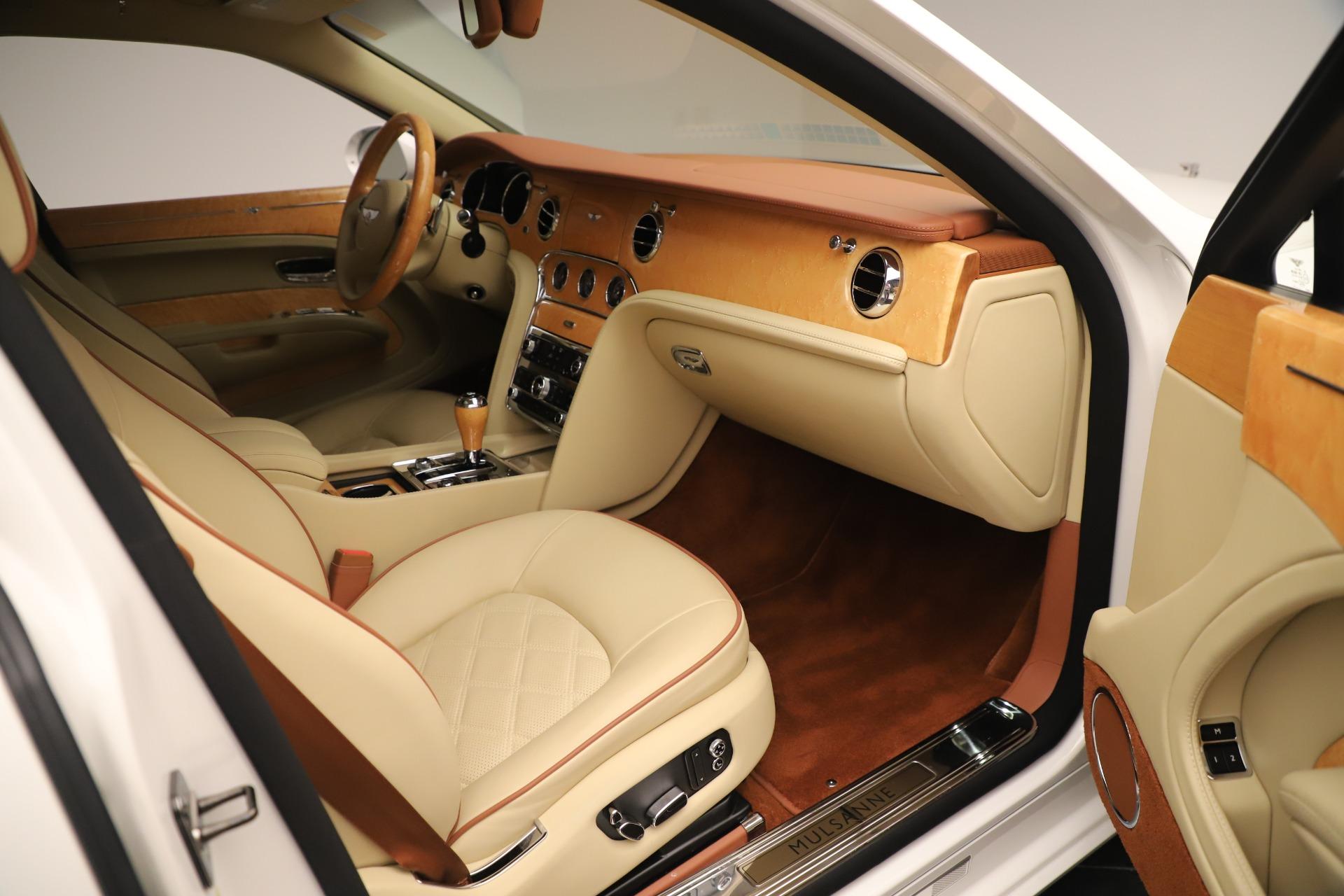 Used 2016 Bentley Mulsanne  For Sale In Greenwich, CT. Alfa Romeo of Greenwich, 7643 3461_p25