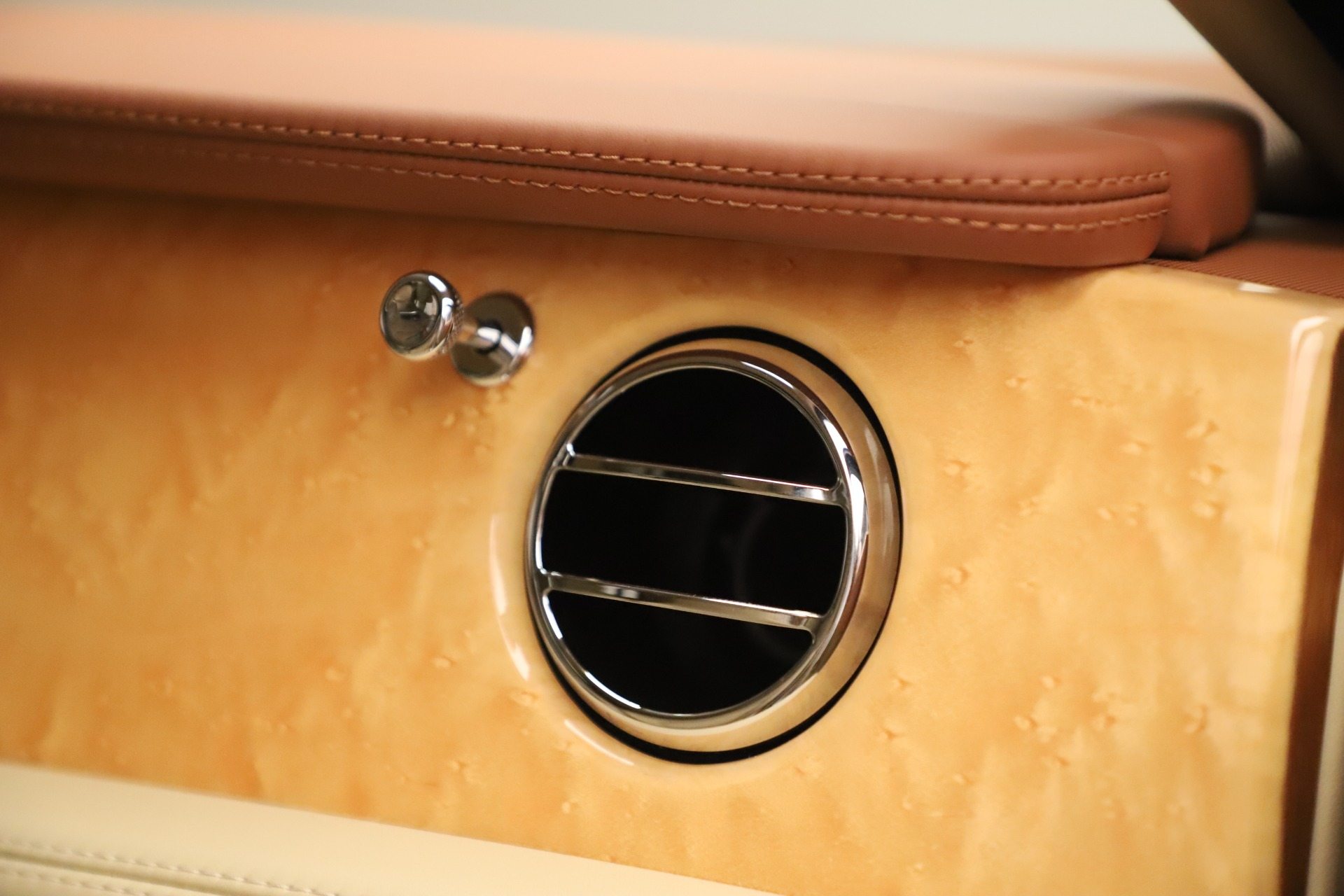 Used 2016 Bentley Mulsanne  For Sale In Greenwich, CT. Alfa Romeo of Greenwich, 7643 3461_p34