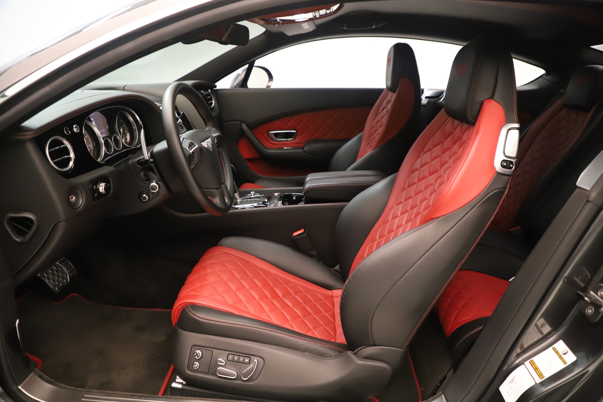 Used 2016 Bentley Continental GT V8 S For Sale In Greenwich, CT. Alfa Romeo of Greenwich, 7655 3462_p22