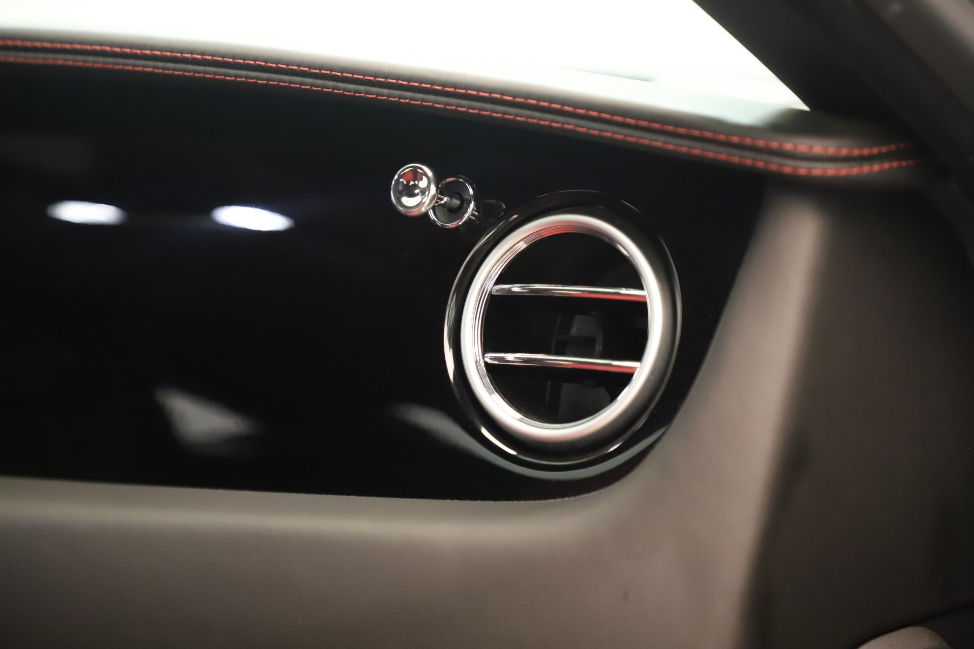 Used 2016 Bentley Continental GT V8 S For Sale In Greenwich, CT. Alfa Romeo of Greenwich, 7655 3462_p32