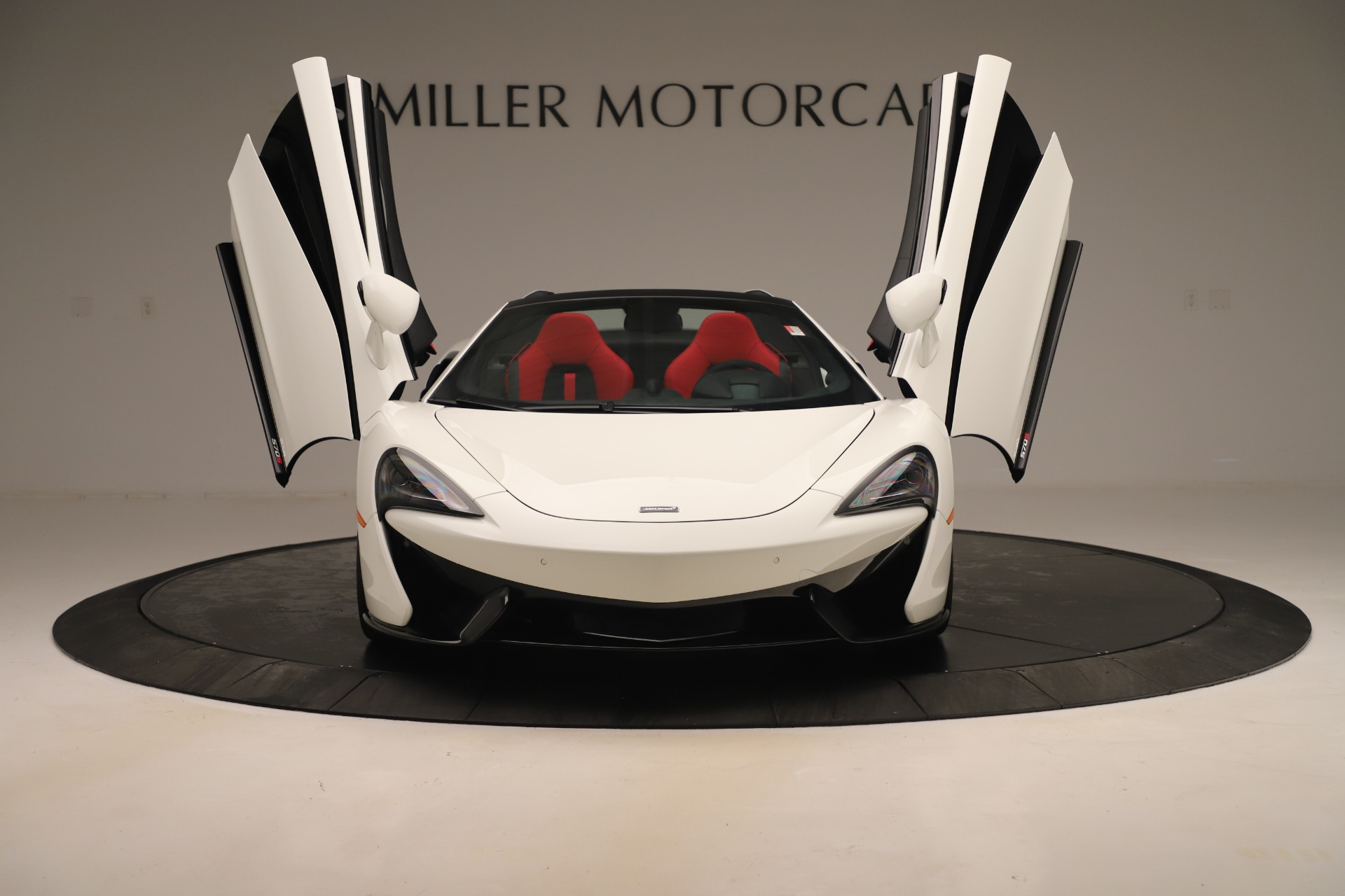 New 2020 McLaren 570S Convertible For Sale In Greenwich, CT. Alfa Romeo of Greenwich, MC468 3464_p12