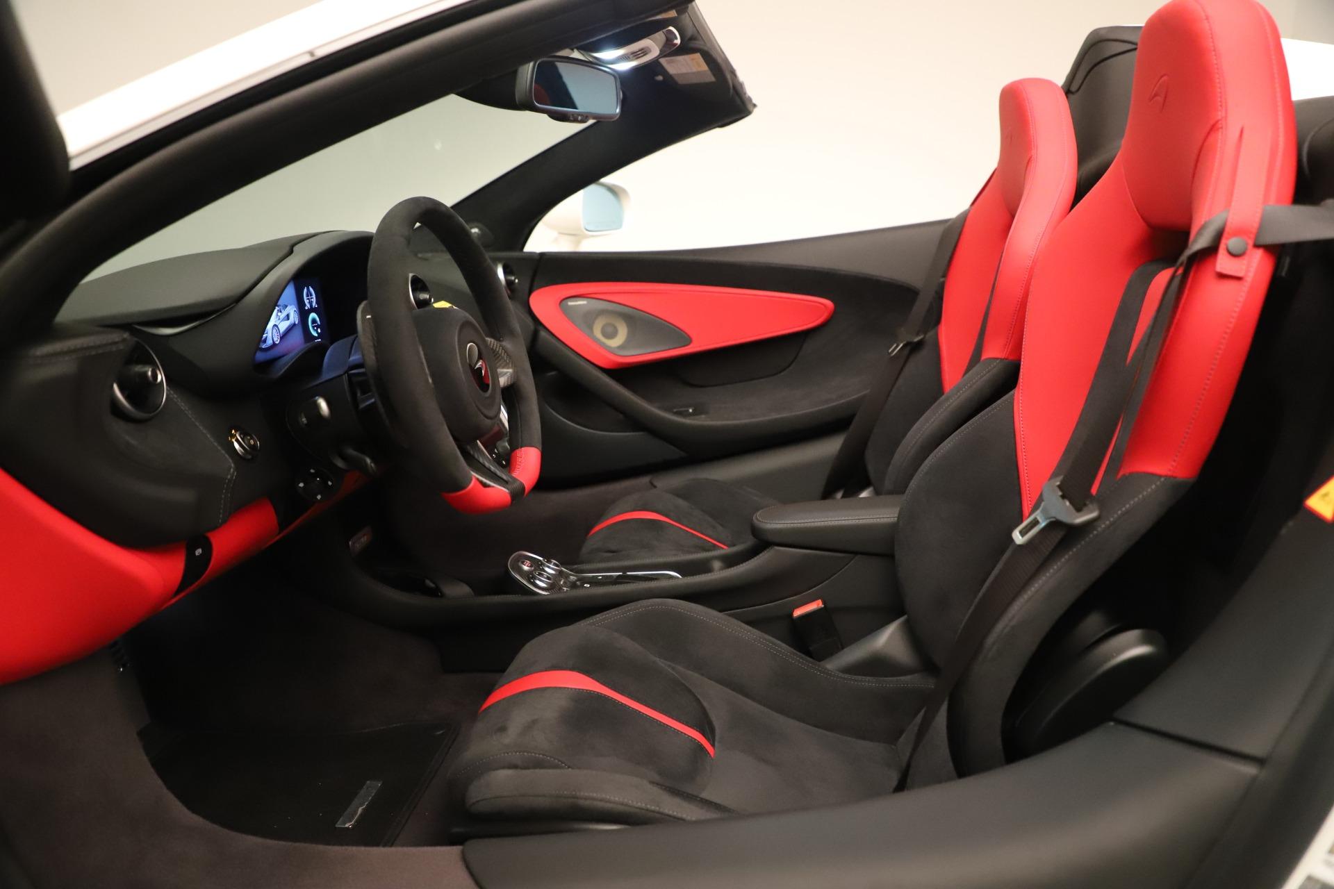 New 2020 McLaren 570S Convertible For Sale In Greenwich, CT. Alfa Romeo of Greenwich, MC468 3464_p23