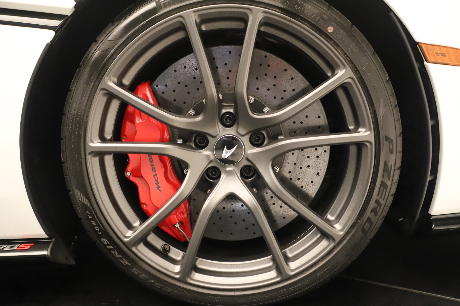 New 2020 McLaren 570S Convertible For Sale In Greenwich, CT. Alfa Romeo of Greenwich, MC468 3464_p28