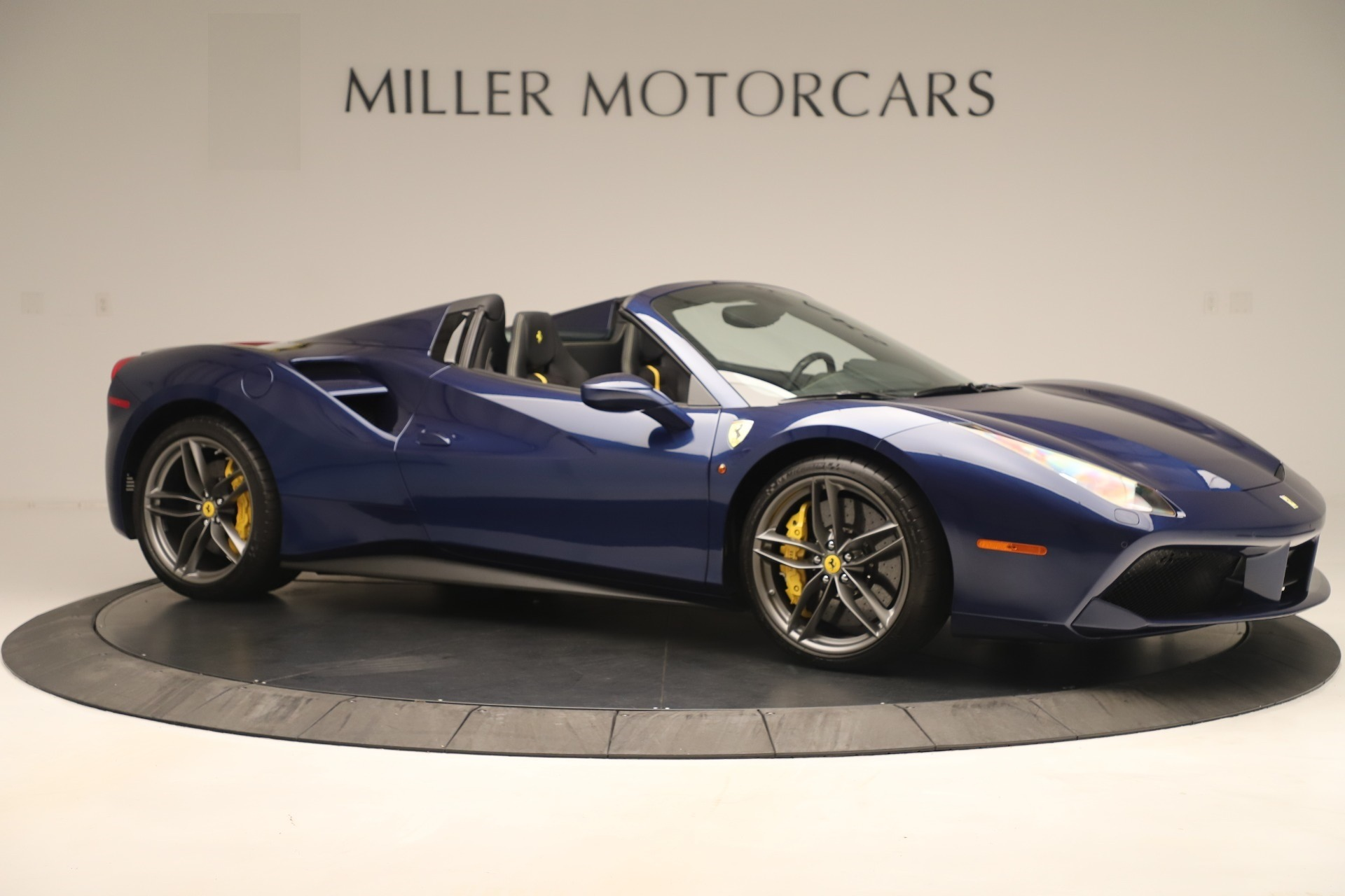 Used 2018 Ferrari 488 Spider  For Sale In Greenwich, CT. Alfa Romeo of Greenwich, F2017A 3465_p10