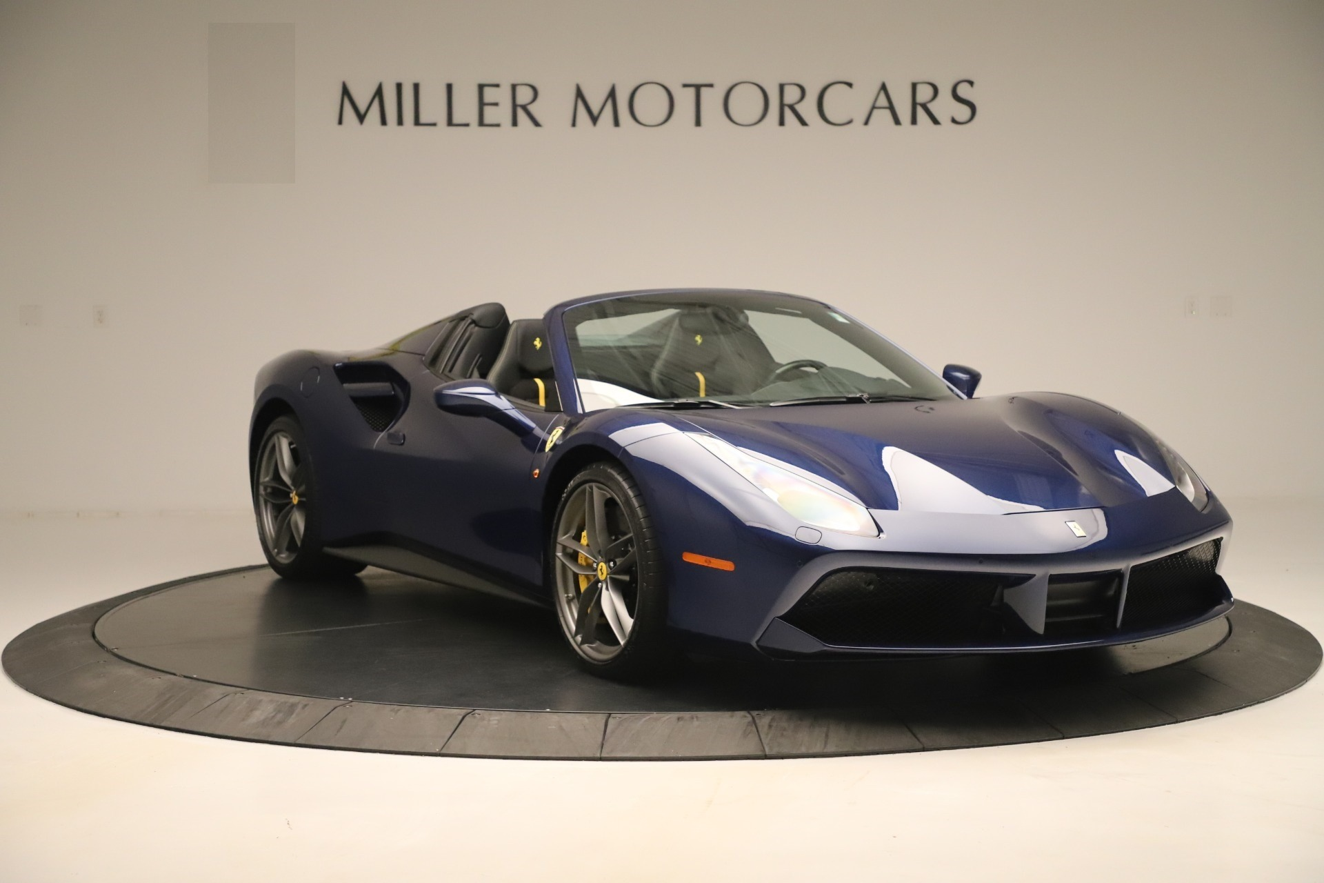 Used 2018 Ferrari 488 Spider  For Sale In Greenwich, CT. Alfa Romeo of Greenwich, F2017A 3465_p11