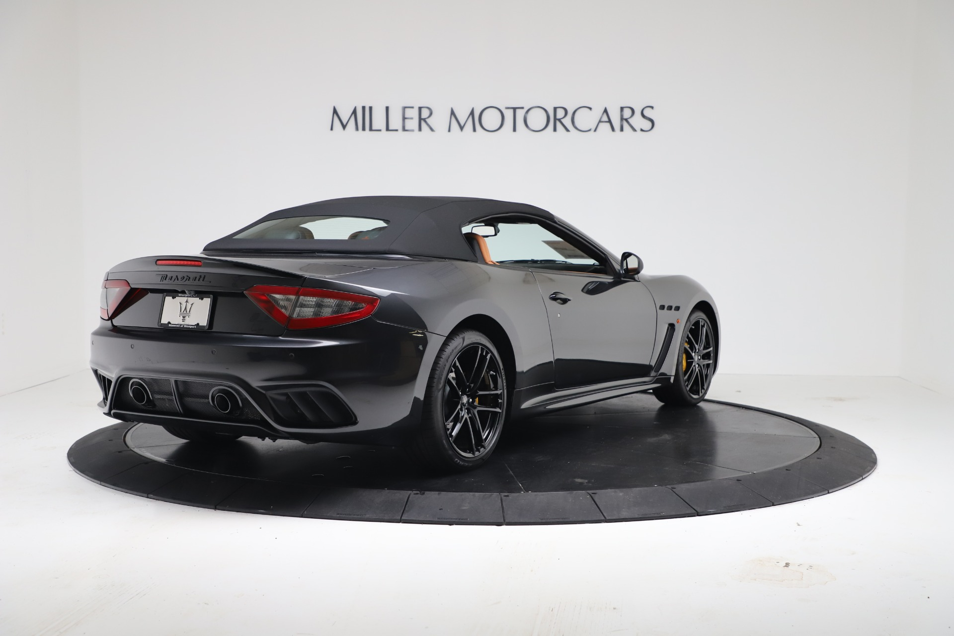 New 2019 Maserati GranTurismo MC Convertible For Sale In Greenwich, CT. Alfa Romeo of Greenwich, W703 3468_p16