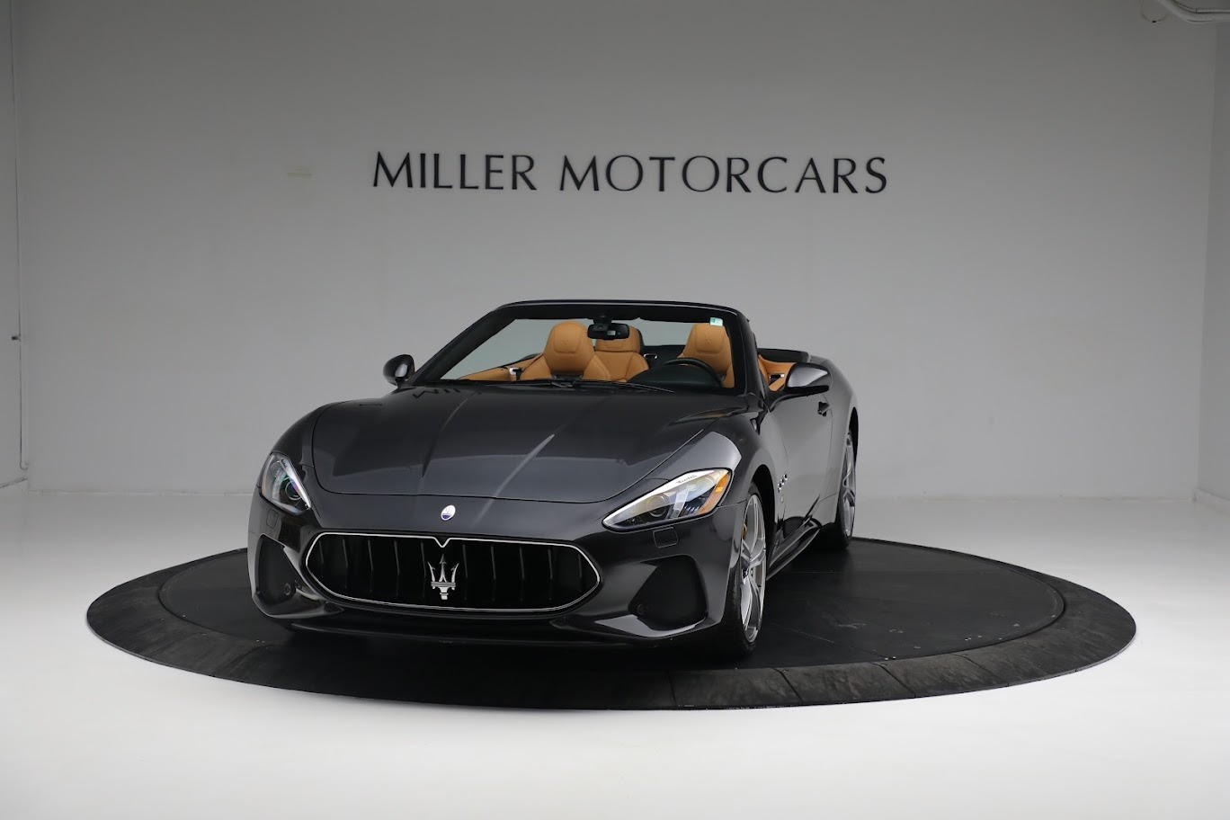 New 2019 Maserati GranTurismo Sport Convertible For Sale In Greenwich, CT. Alfa Romeo of Greenwich, M2331 3469_p10