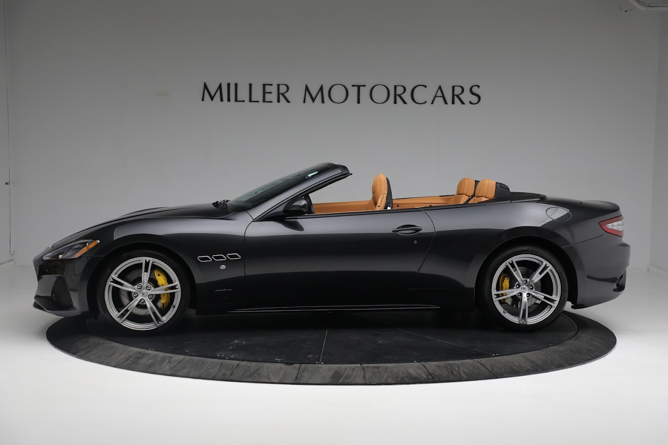 New 2019 Maserati GranTurismo Sport Convertible For Sale In Greenwich, CT. Alfa Romeo of Greenwich, M2331 3469_p12