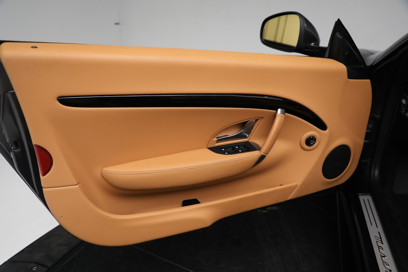 New 2019 Maserati GranTurismo Sport Convertible For Sale In Greenwich, CT. Alfa Romeo of Greenwich, M2331 3469_p25