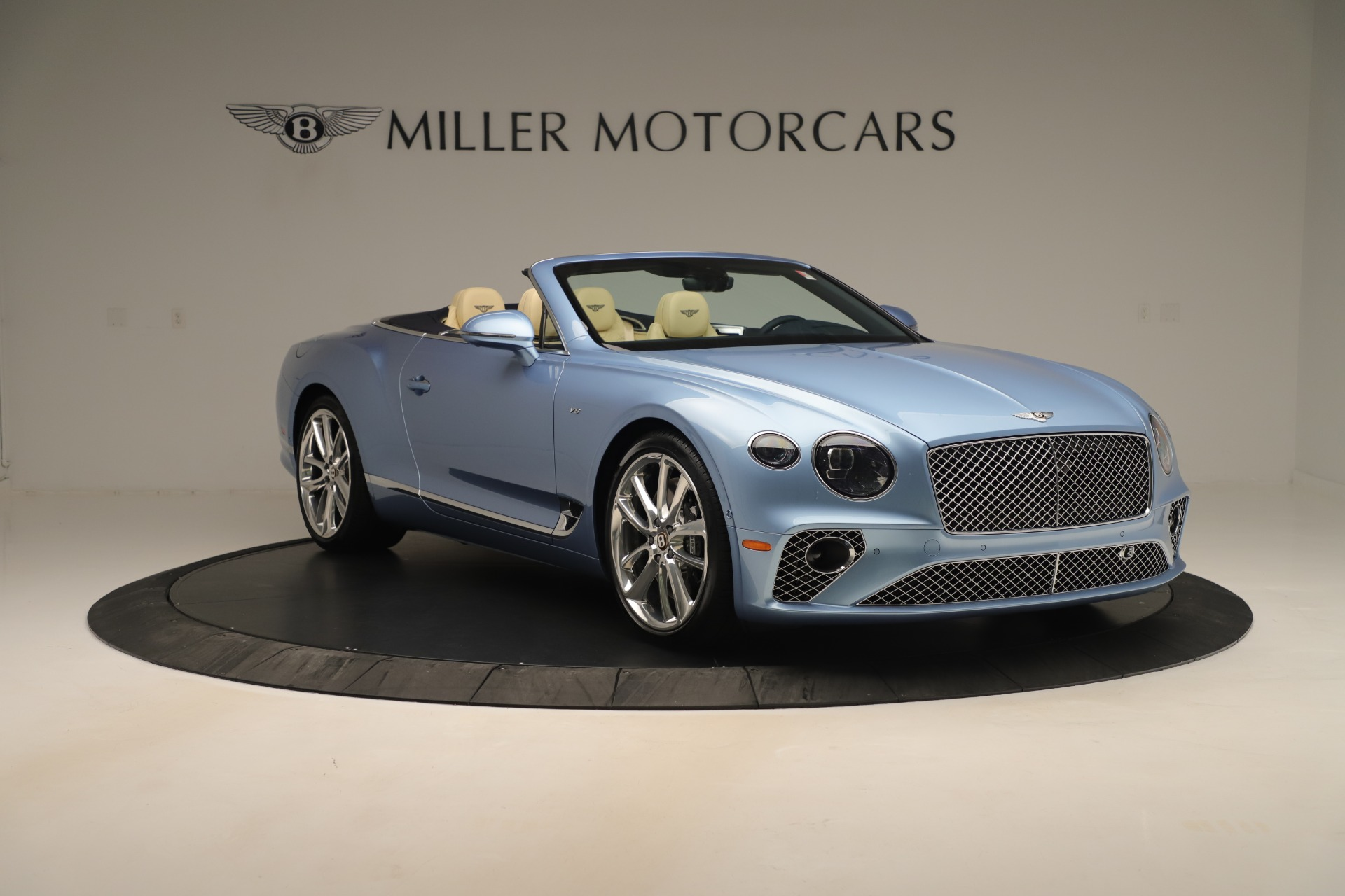 Used 2020 Bentley Continental GTC V8 For Sale In Greenwich, CT. Alfa Romeo of Greenwich, B1432 3472_p11