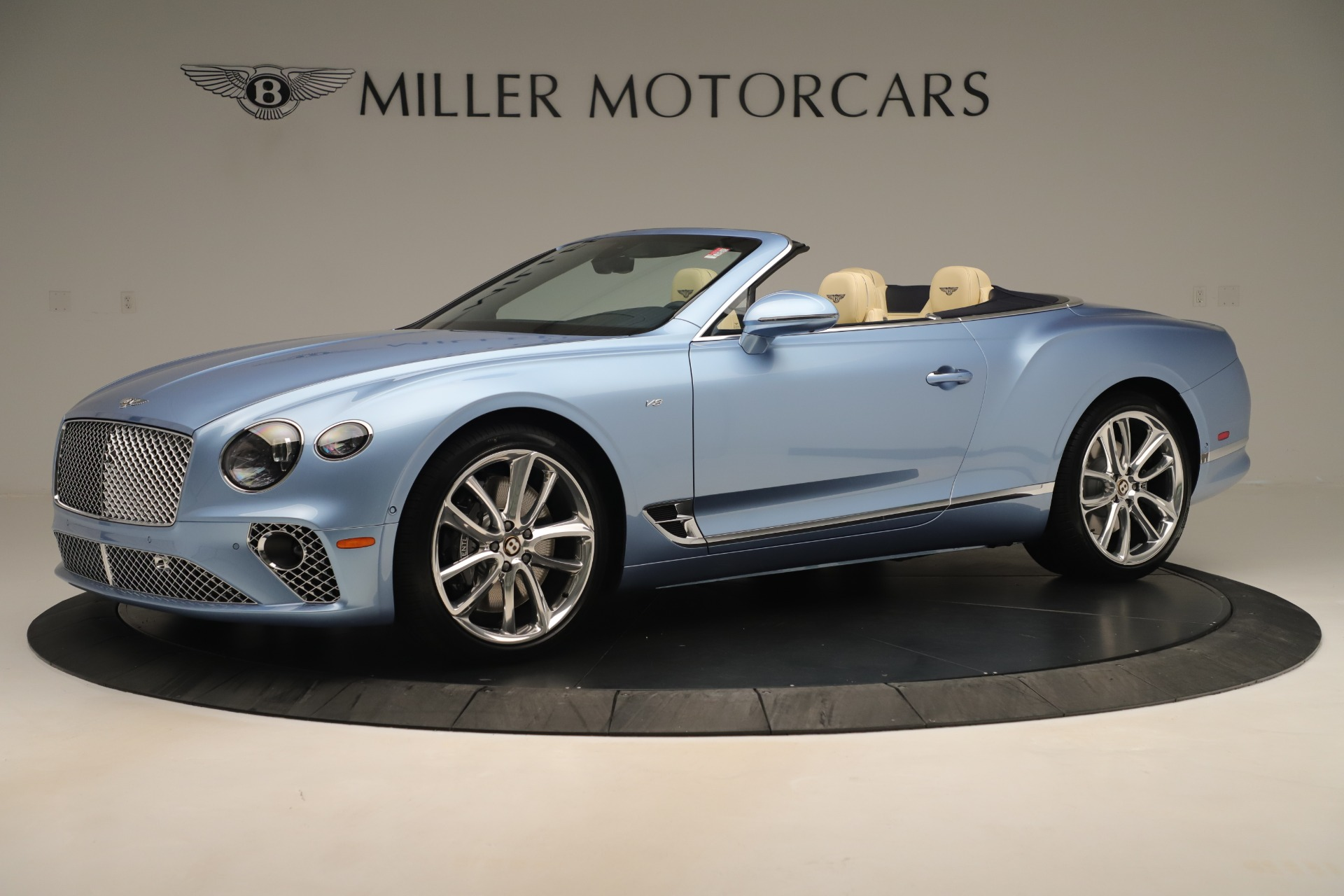 Used 2020 Bentley Continental GTC V8 For Sale In Greenwich, CT. Alfa Romeo of Greenwich, B1432 3472_p2
