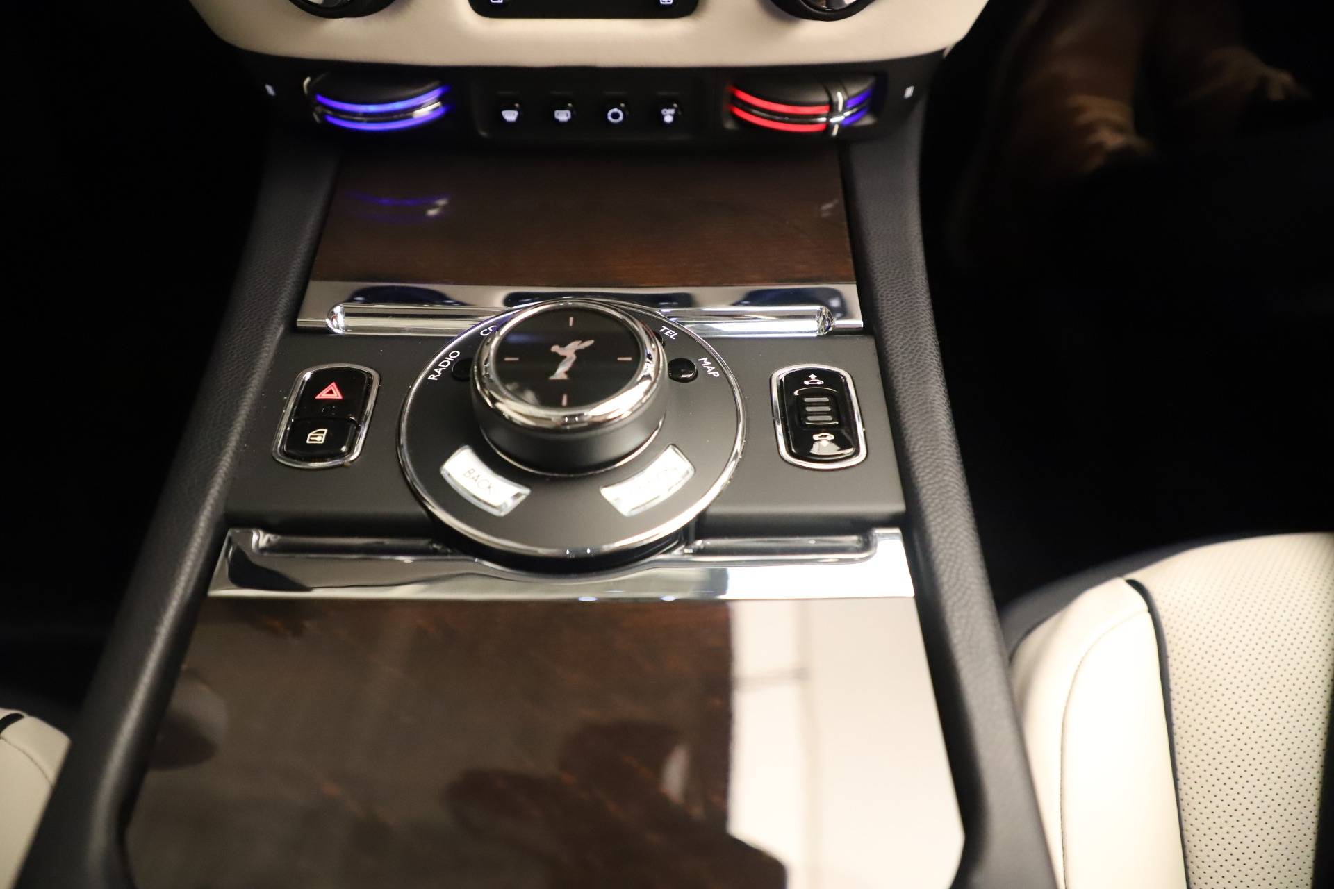 Used 2015 Rolls-Royce Wraith  For Sale In Greenwich, CT. Alfa Romeo of Greenwich, 7651 3473_p21