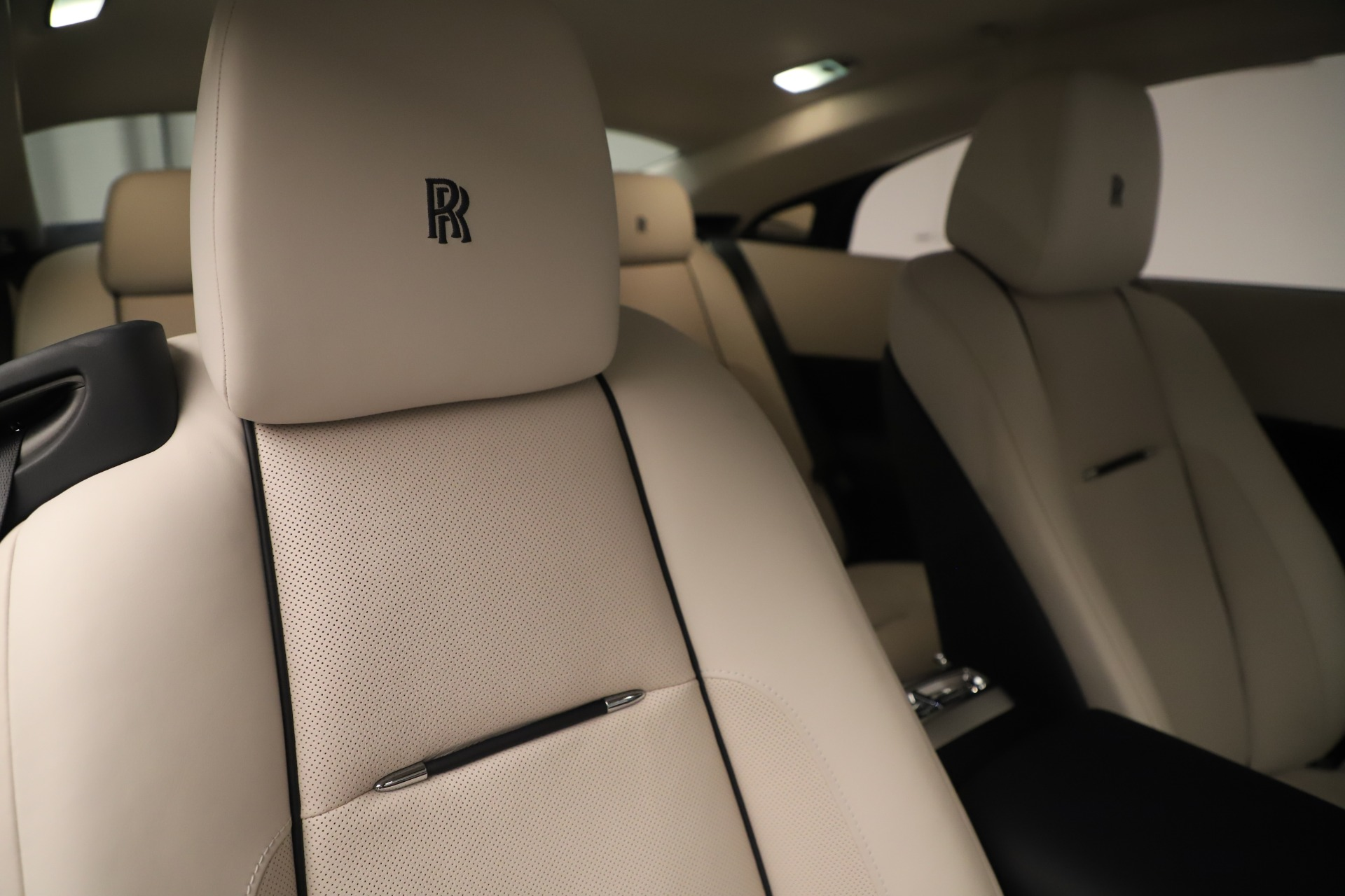 Used 2015 Rolls-Royce Wraith  For Sale In Greenwich, CT. Alfa Romeo of Greenwich, 7651 3473_p29