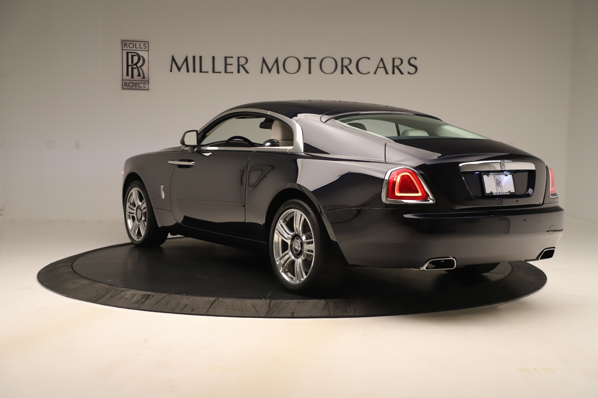 Used 2015 Rolls-Royce Wraith  For Sale In Greenwich, CT. Alfa Romeo of Greenwich, 7651 3473_p6