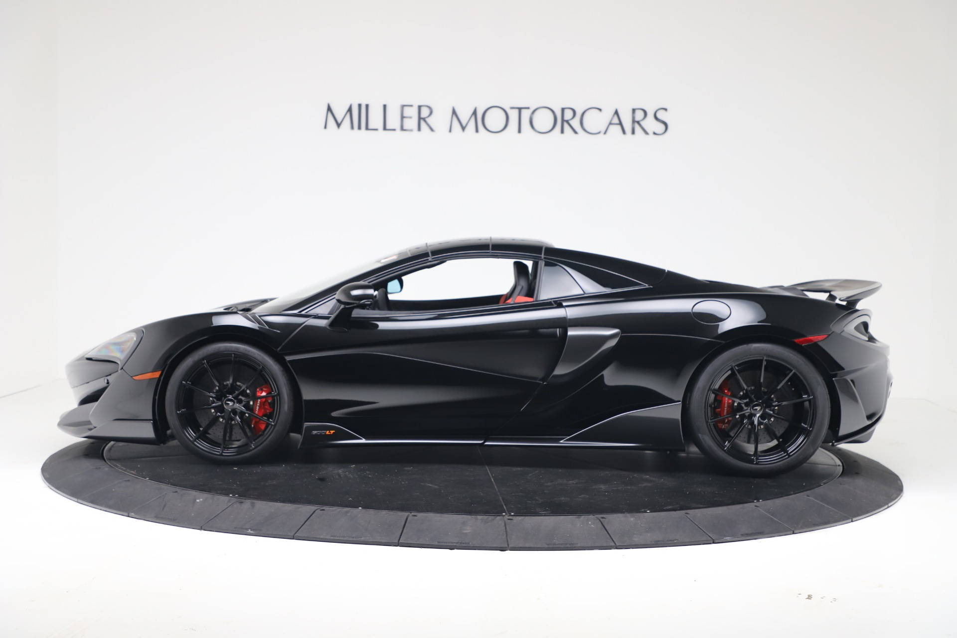 New 2020 McLaren 600LT Convertible For Sale In Greenwich, CT. Alfa Romeo of Greenwich, MC462 3476_p12