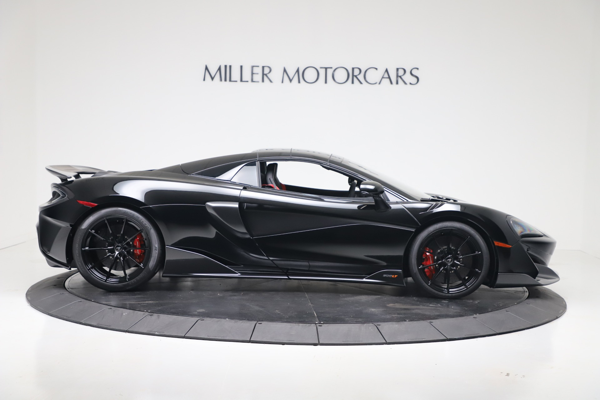 New 2020 McLaren 600LT Convertible For Sale In Greenwich, CT. Alfa Romeo of Greenwich, MC462 3476_p15