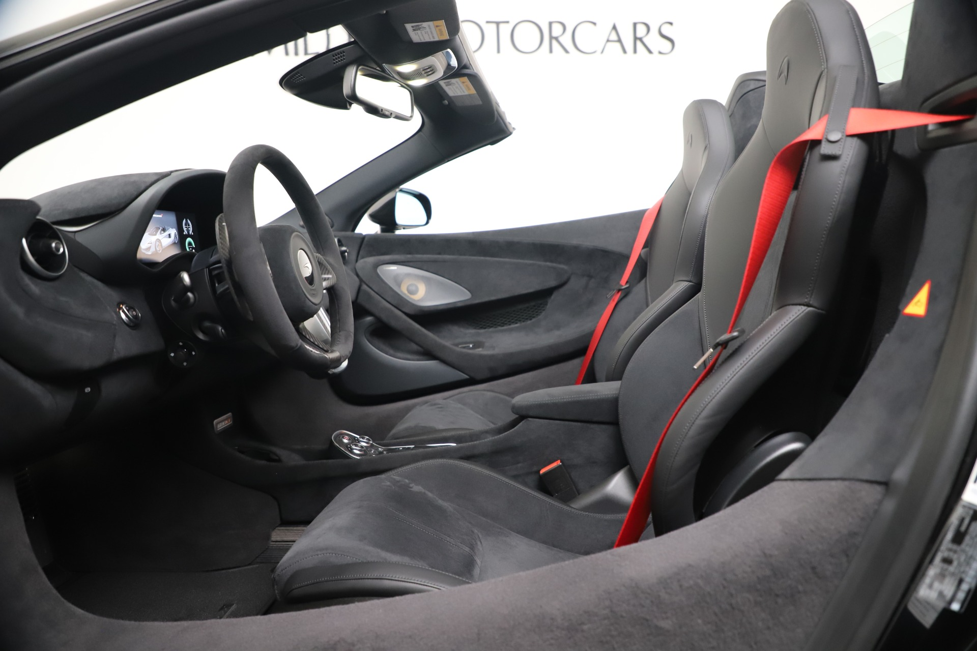 New 2020 McLaren 600LT Convertible For Sale In Greenwich, CT. Alfa Romeo of Greenwich, MC462 3476_p19